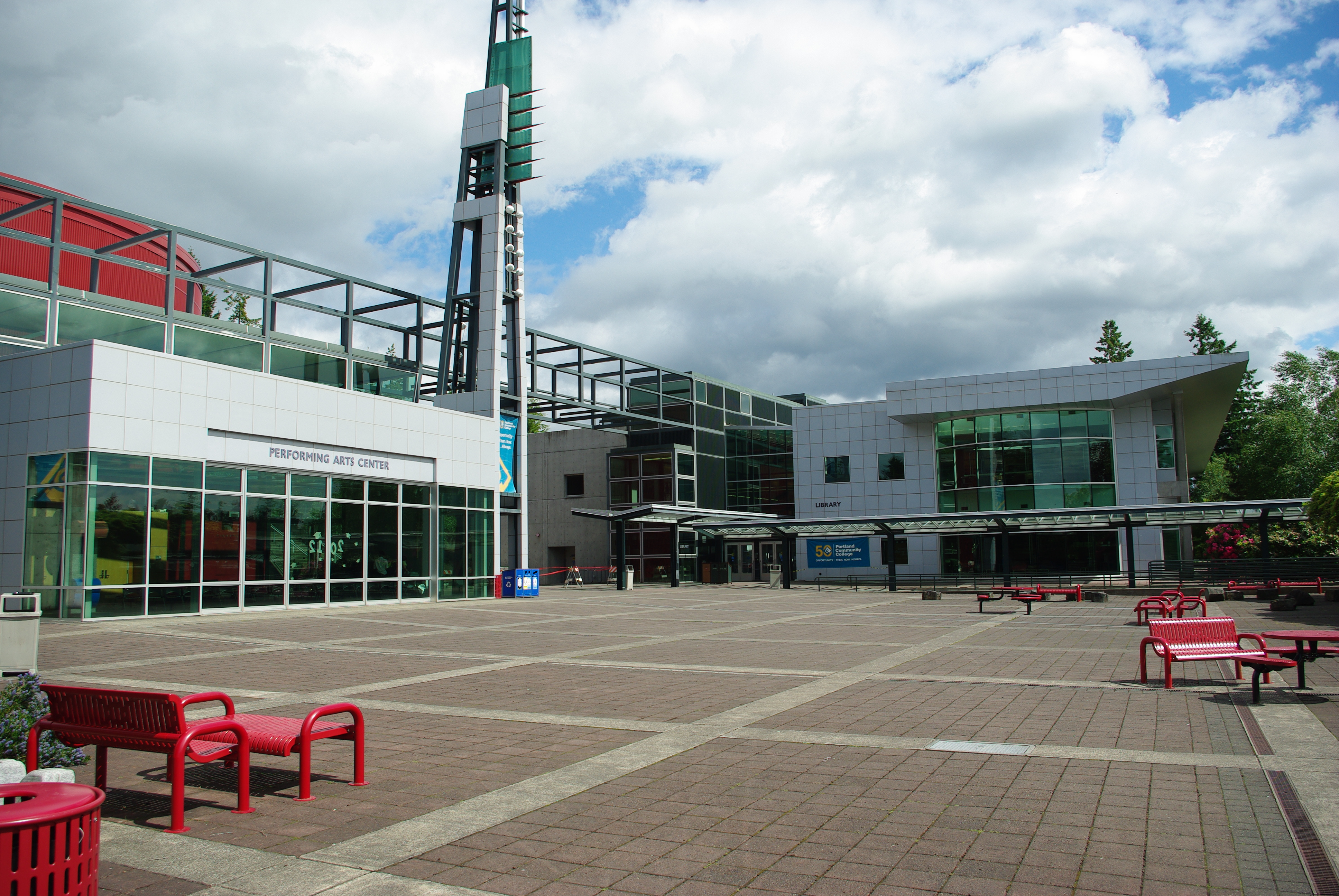 File:Library and arts center at PCC Sylvania - Portland, Oregon.JPG ...