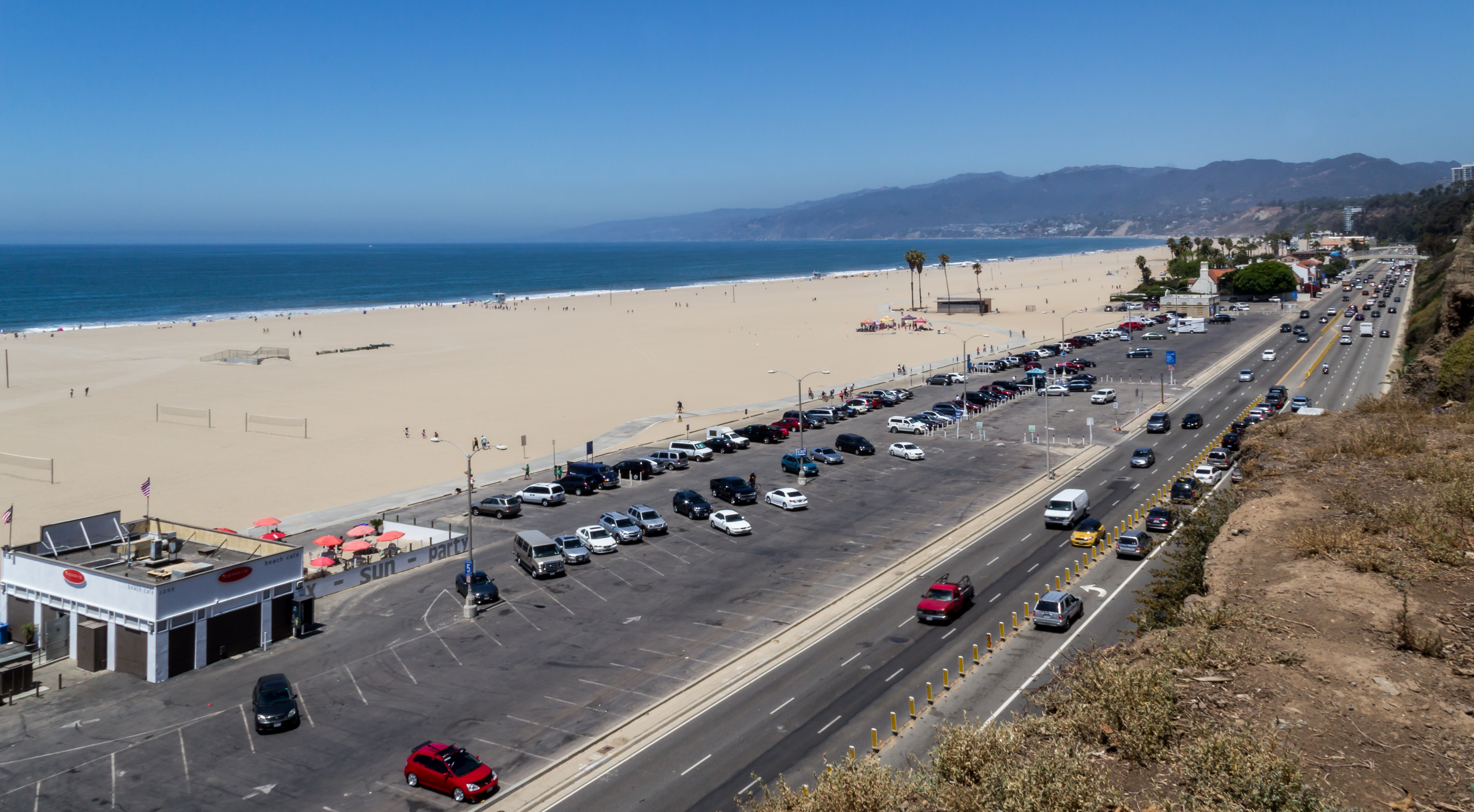 Santa Monica Beach Restaurants