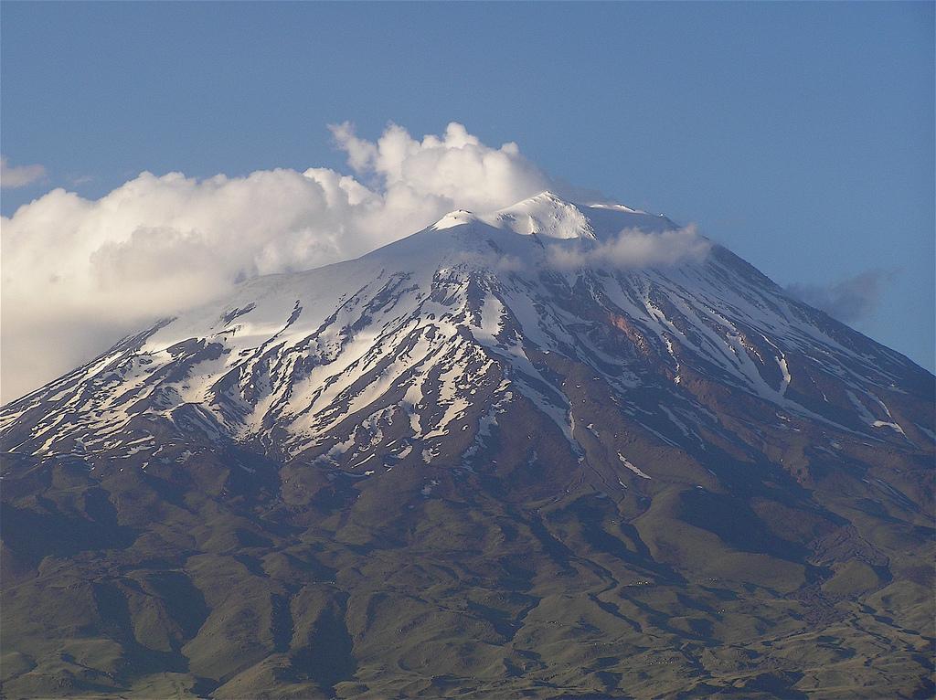 Snowy Slopes of Mount Ararat, WikiCommons