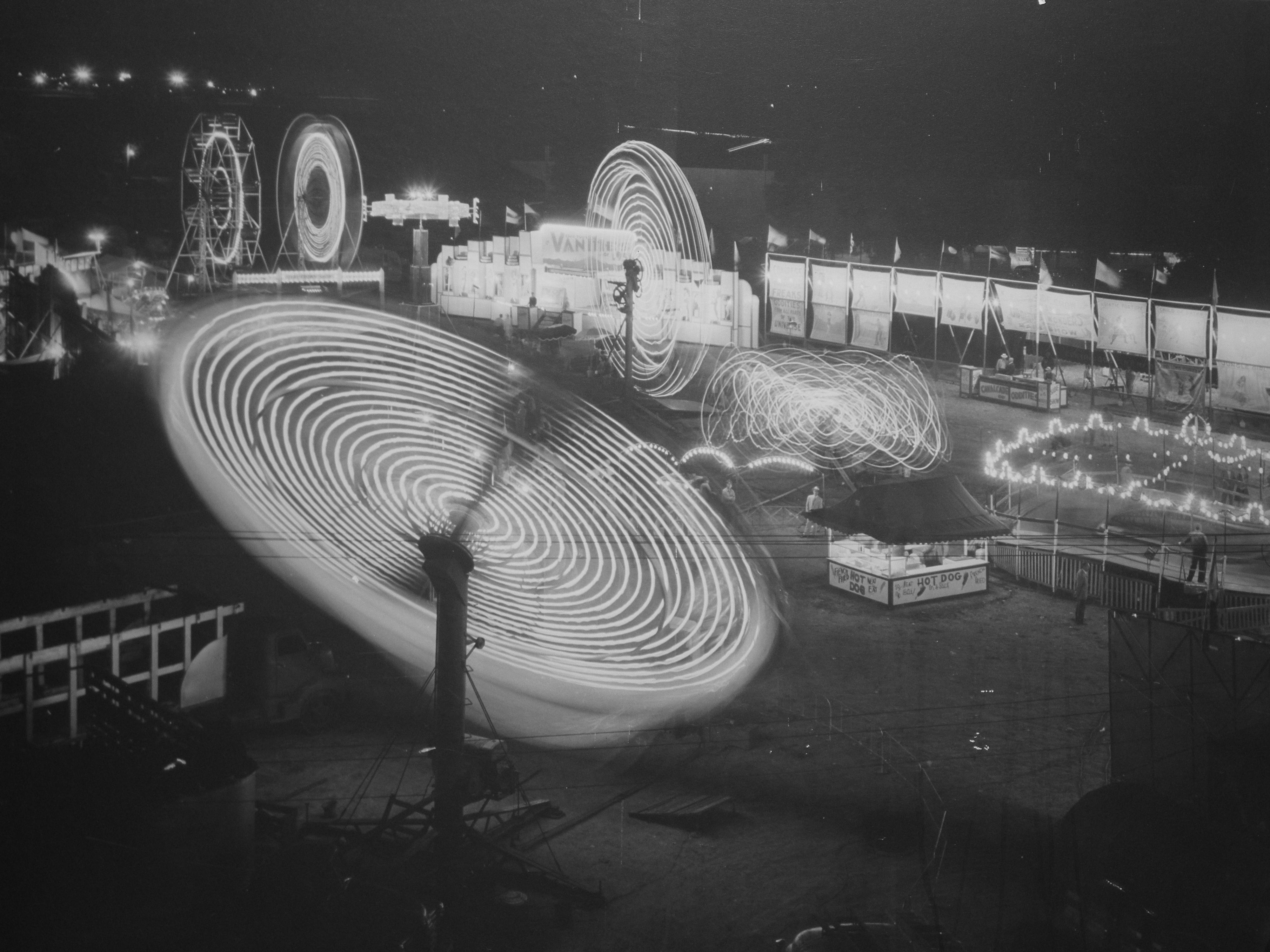 Lincoln Black Label >> File:Nebraska State Fair rides, 1950.jpg - Wikimedia Commons