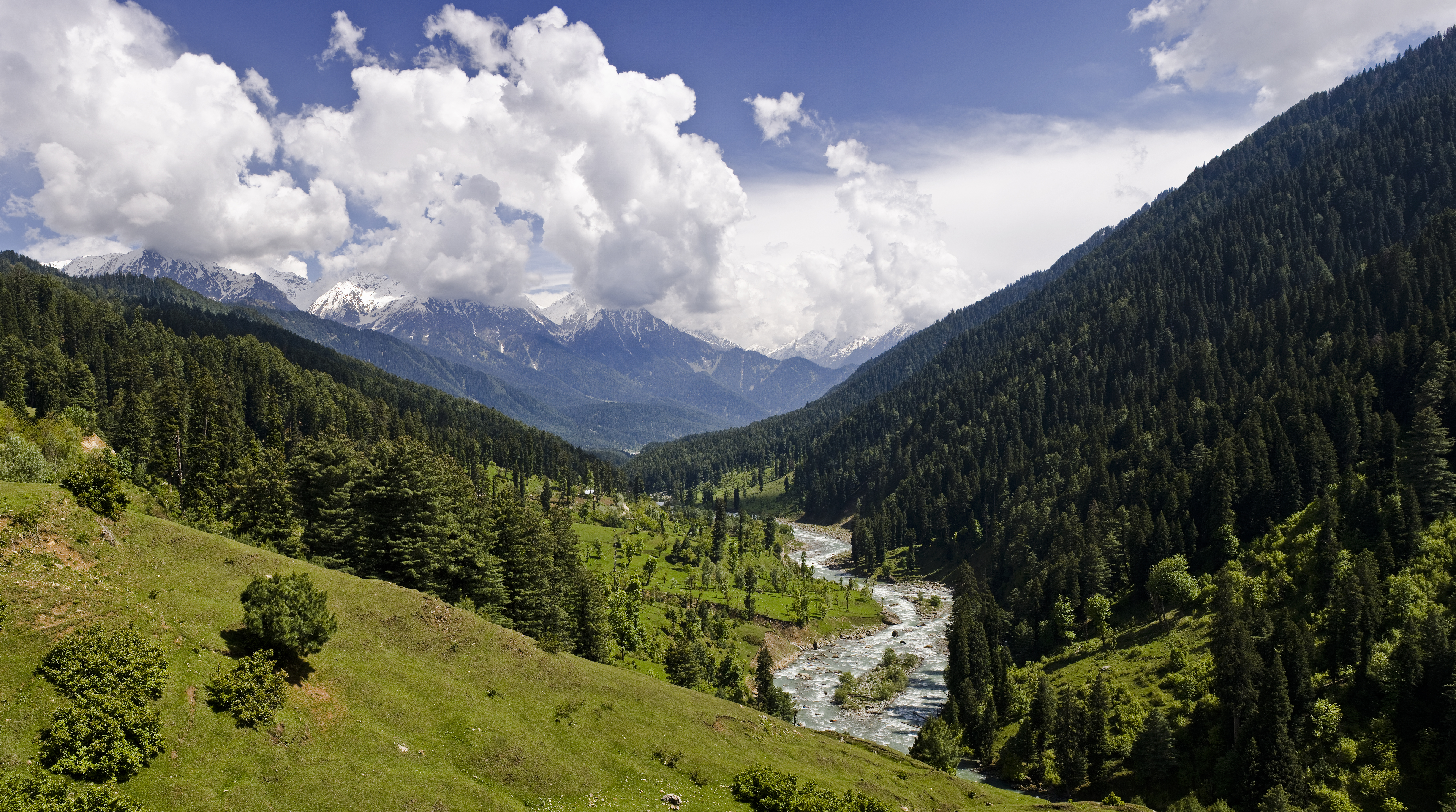 Pahalgam Valley, Kashmir