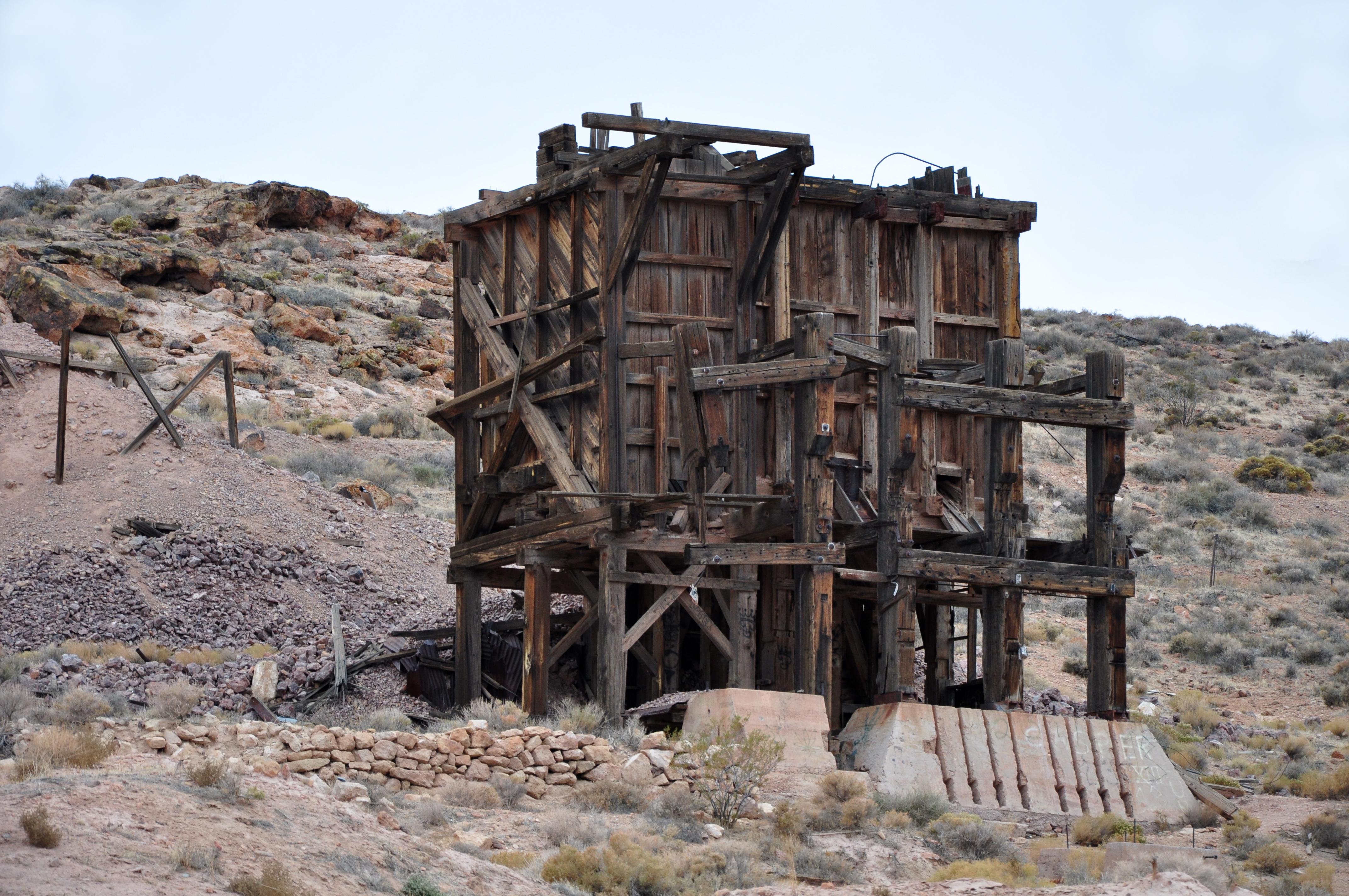 File Pioneer Ghost Town