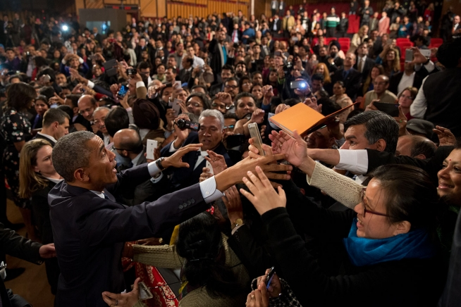 File:President Obama greets the crowd following his speech on India and America at the Siri Fort Auditorium.jpg