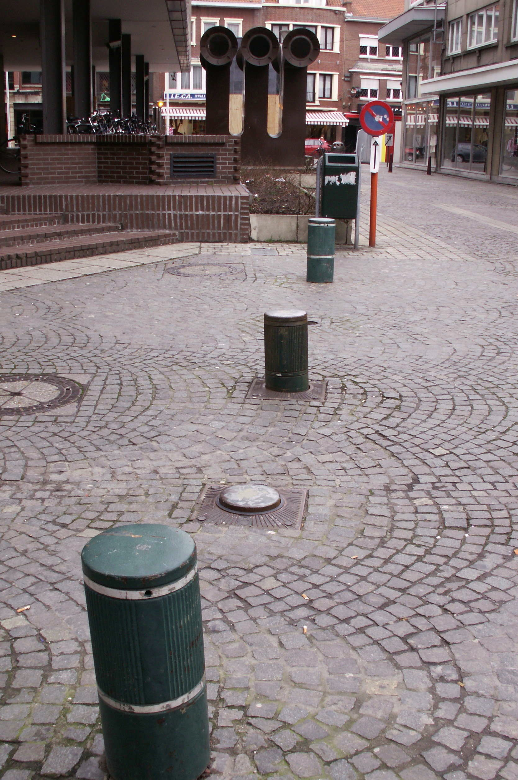Car Parking Bollards And Posts