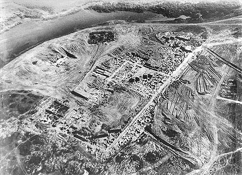 Site of the Khazar fortress at Sarkel (aerial photo from excavations conducted by Mikhail Artamonov in the 1950s).