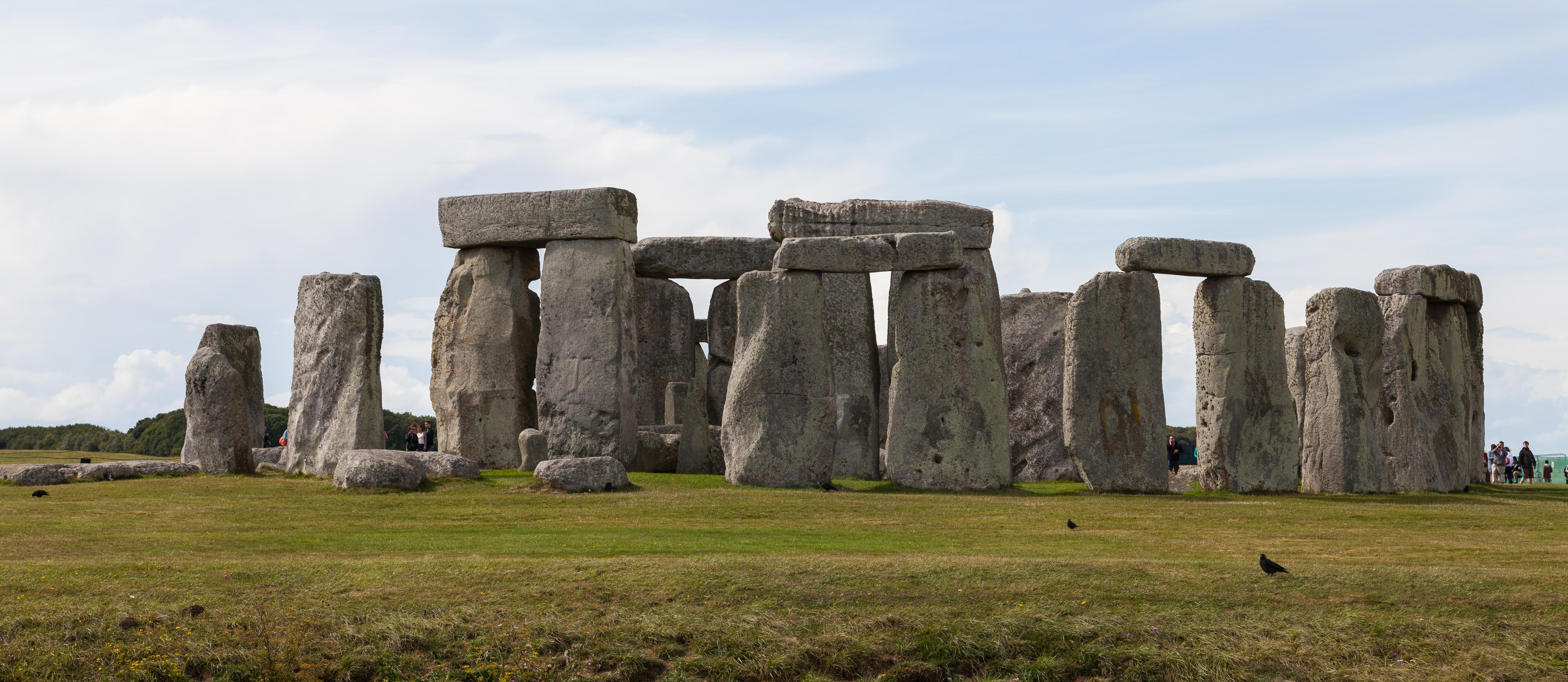 Stonehenge,_Condado_de_Wiltshire,_Inglat