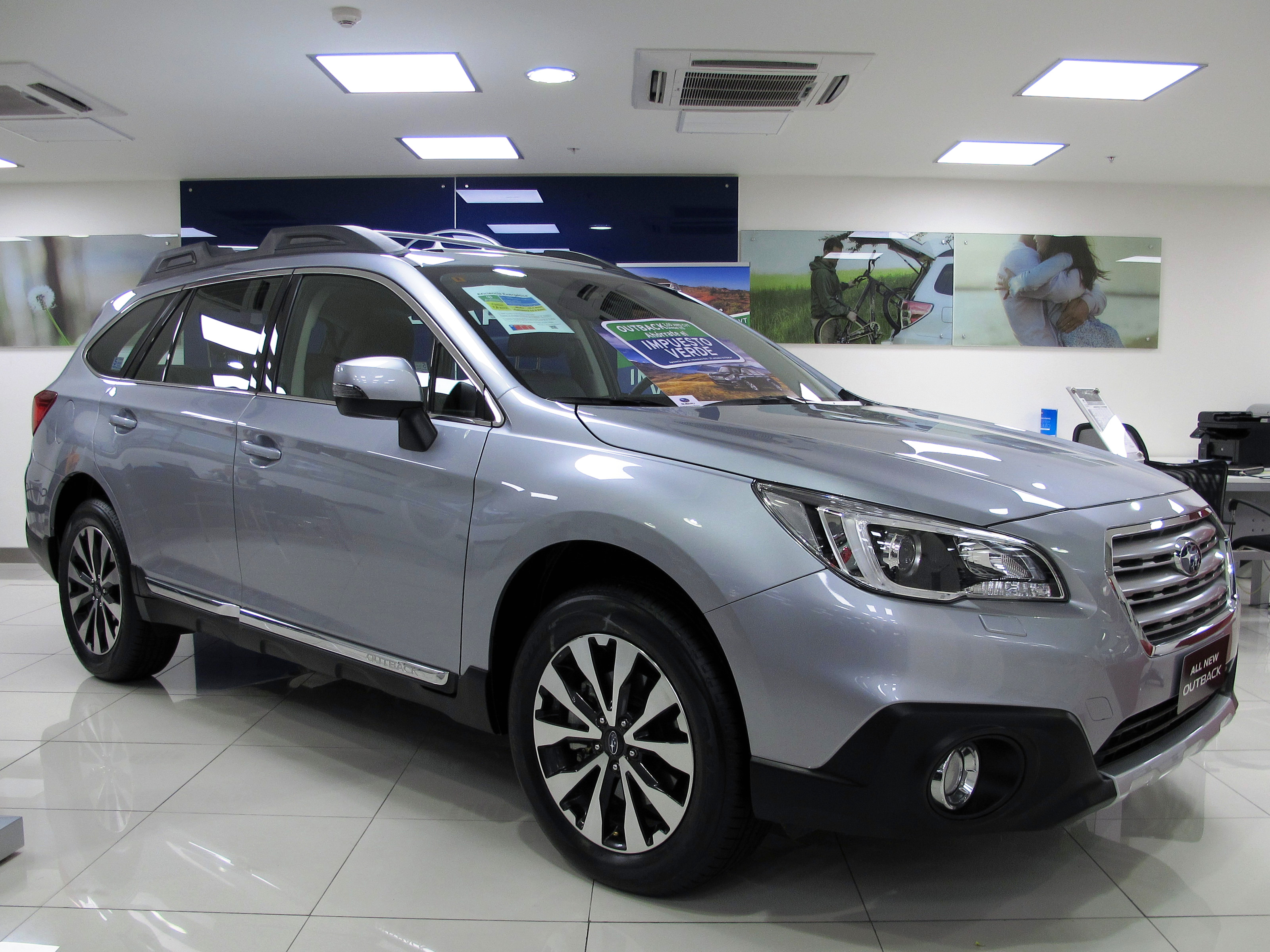 File Subaru Outback 3 6R Limited 2015