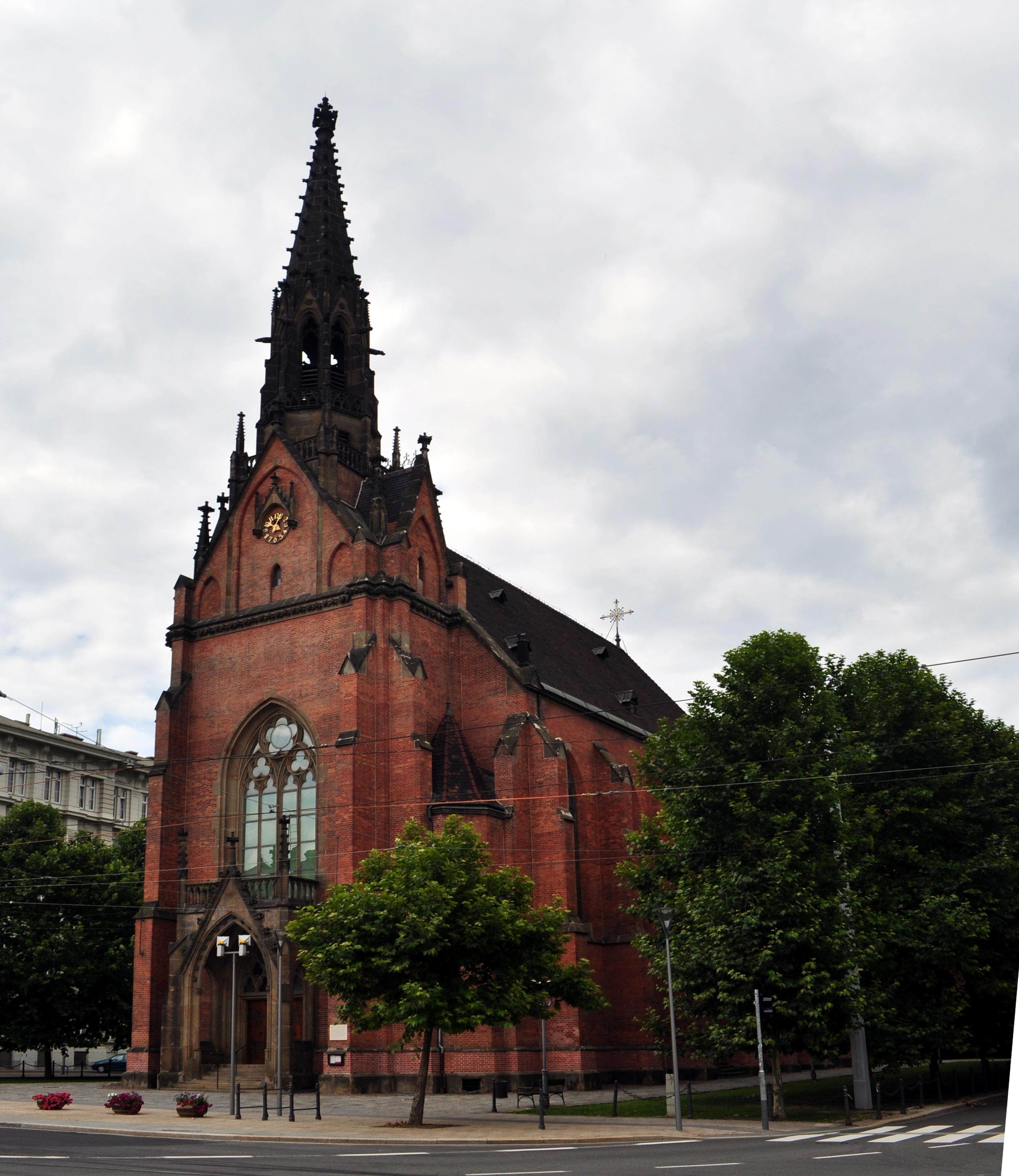 File:The Red church in Brno II.jpg - Wikimedia Commons