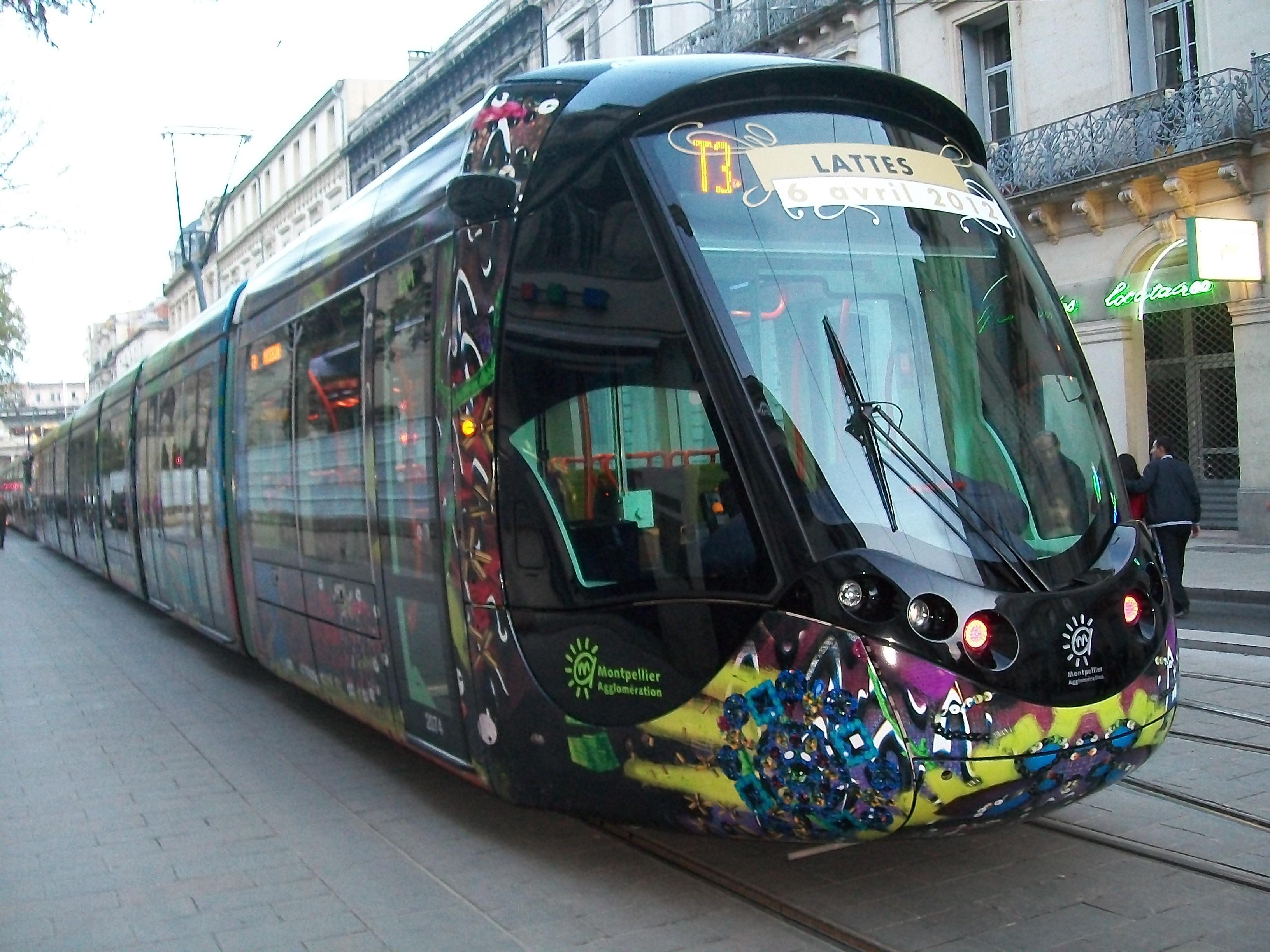 Train decoration designed by Lacroix. Image via Wikimedia Commons.