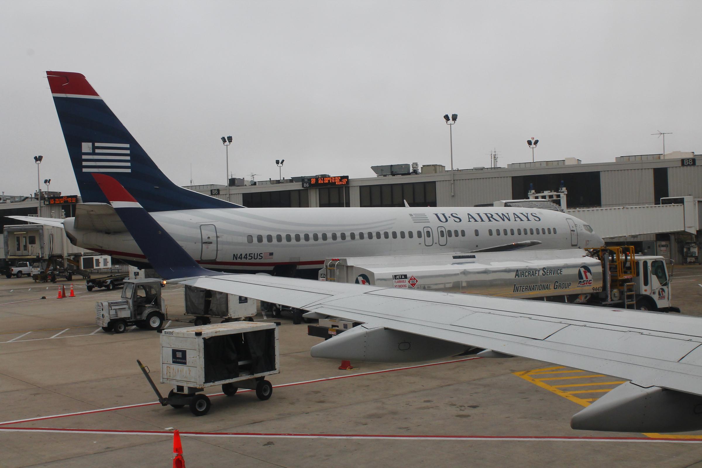 File:US Airways N445US Boeing 737-400 (35035580340) jpg