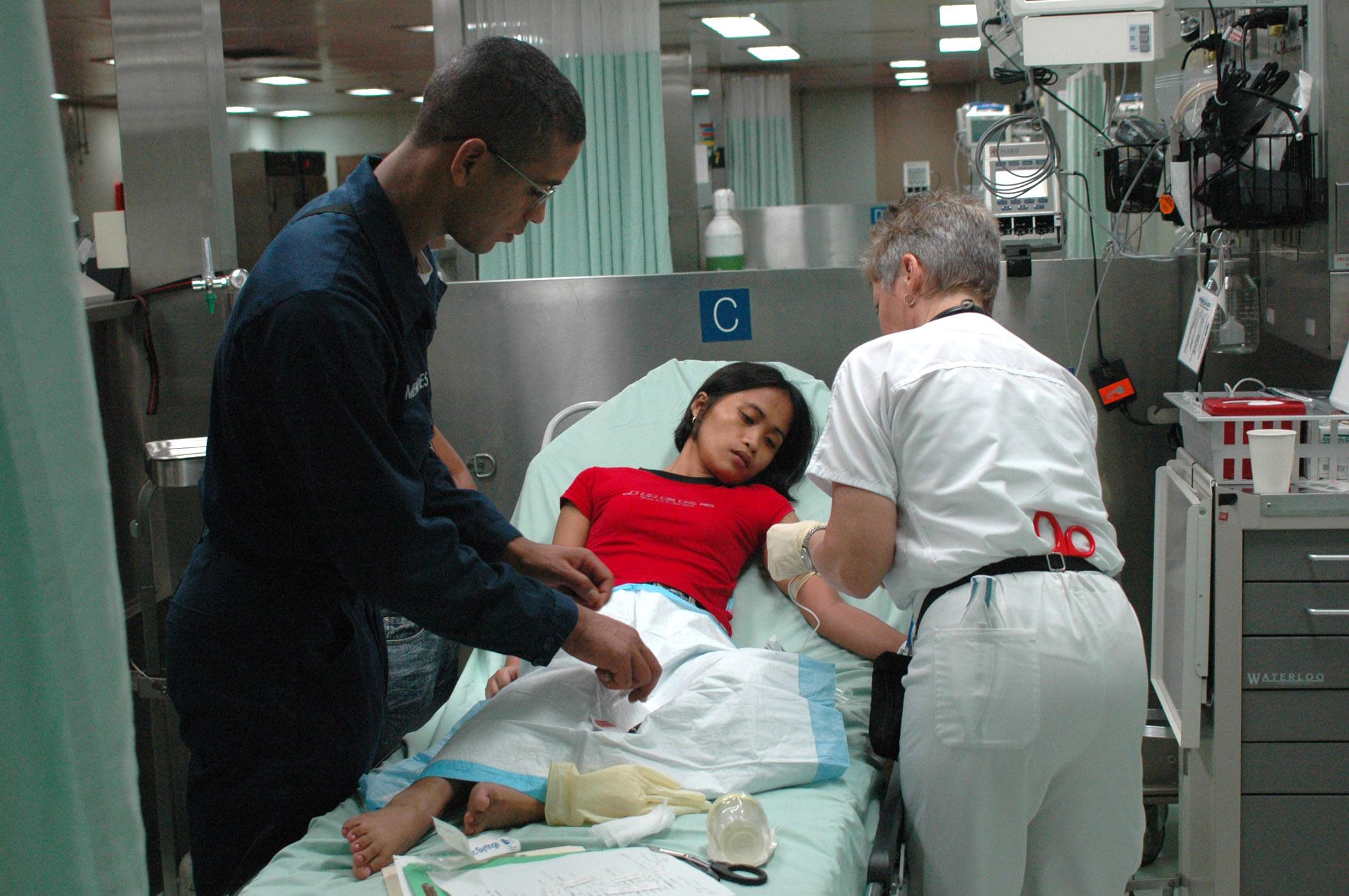 Hospital volunteer essay writing  skateqldorgau