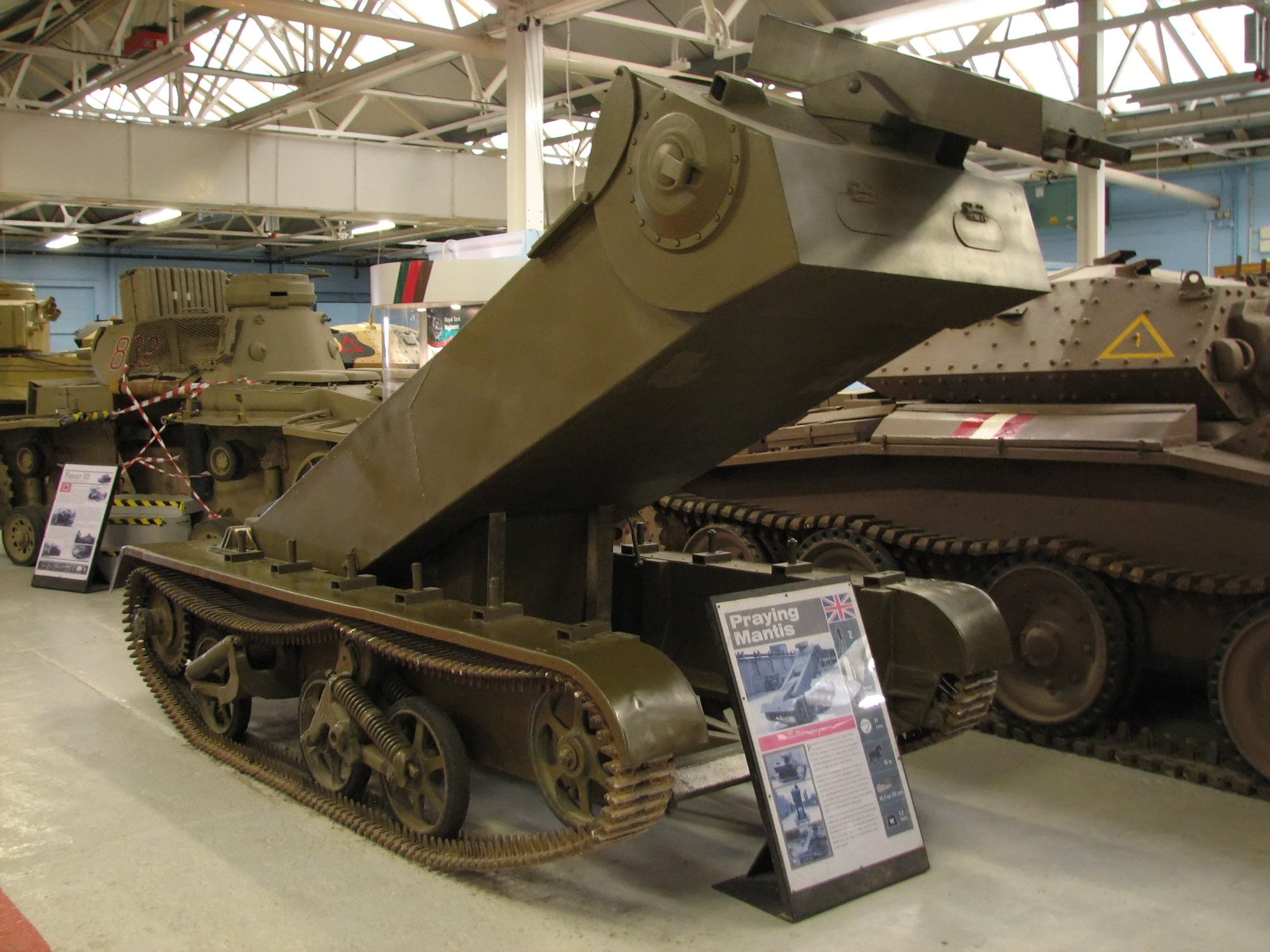 WHAT IS THIS? - Page 9 Universal_Carrier_Praying_Mantis_1_Bovington