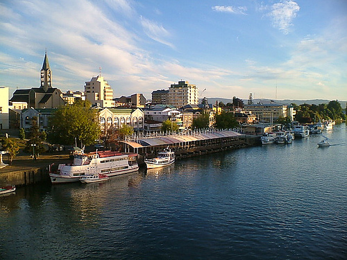 File:View of Valdivia from Pedro de Valdivia bridge.jpg