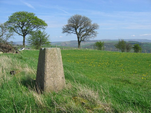 Werneth Low - geograph.org.uk - 12995