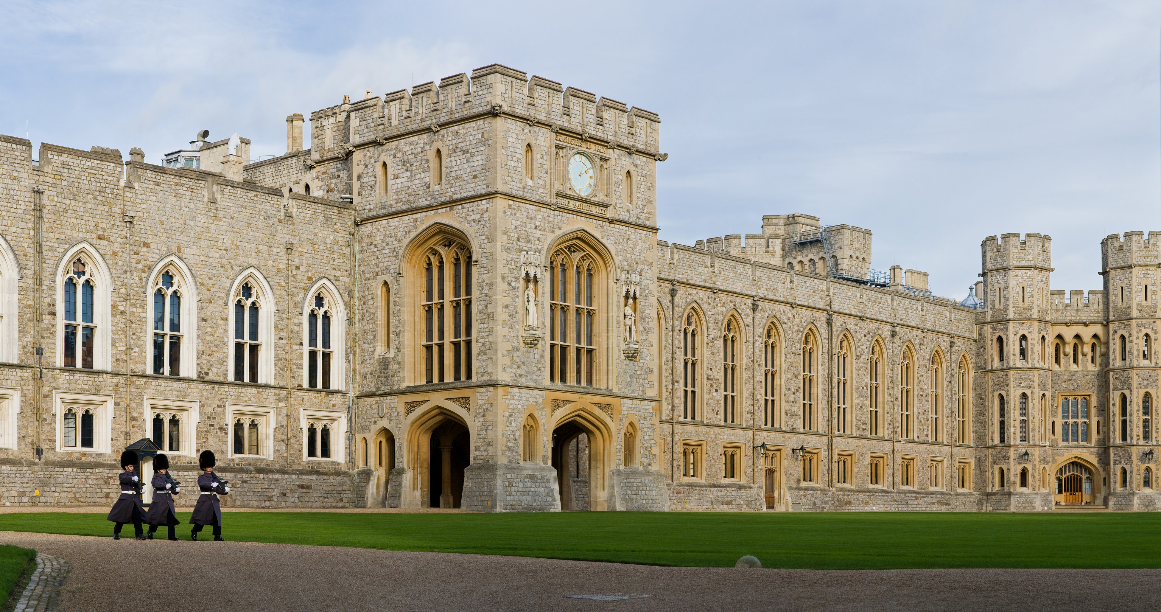 Windsor Castle - Wikipedia, the free encyclopedia