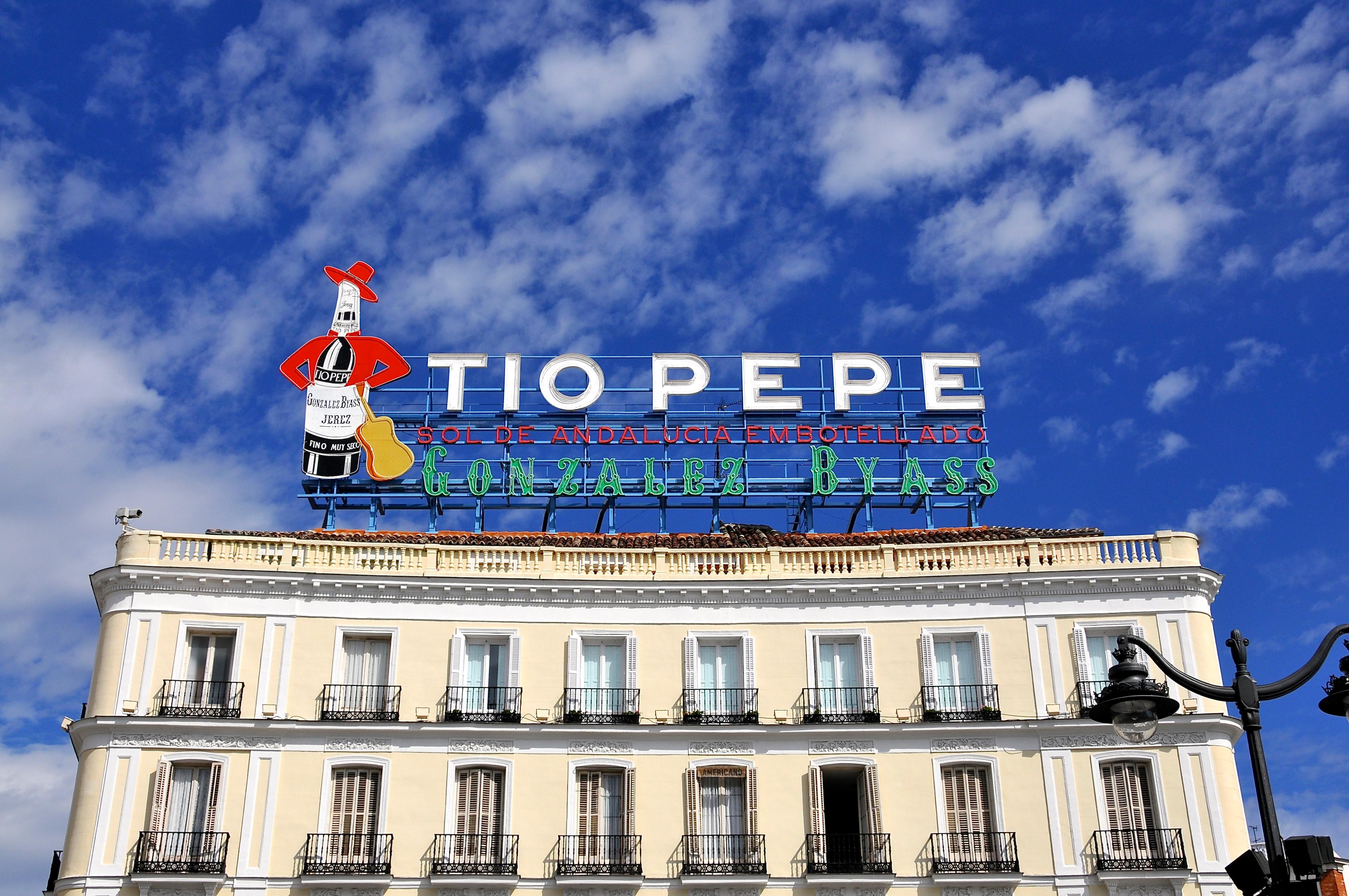 los 5 mejores carteles publicitarios de la historia ForCartel Tio Pepe Madrid