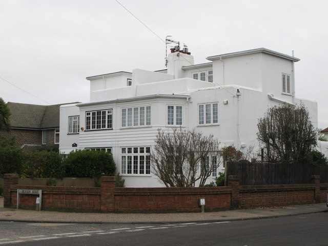 description 1930s houses trent road robson road