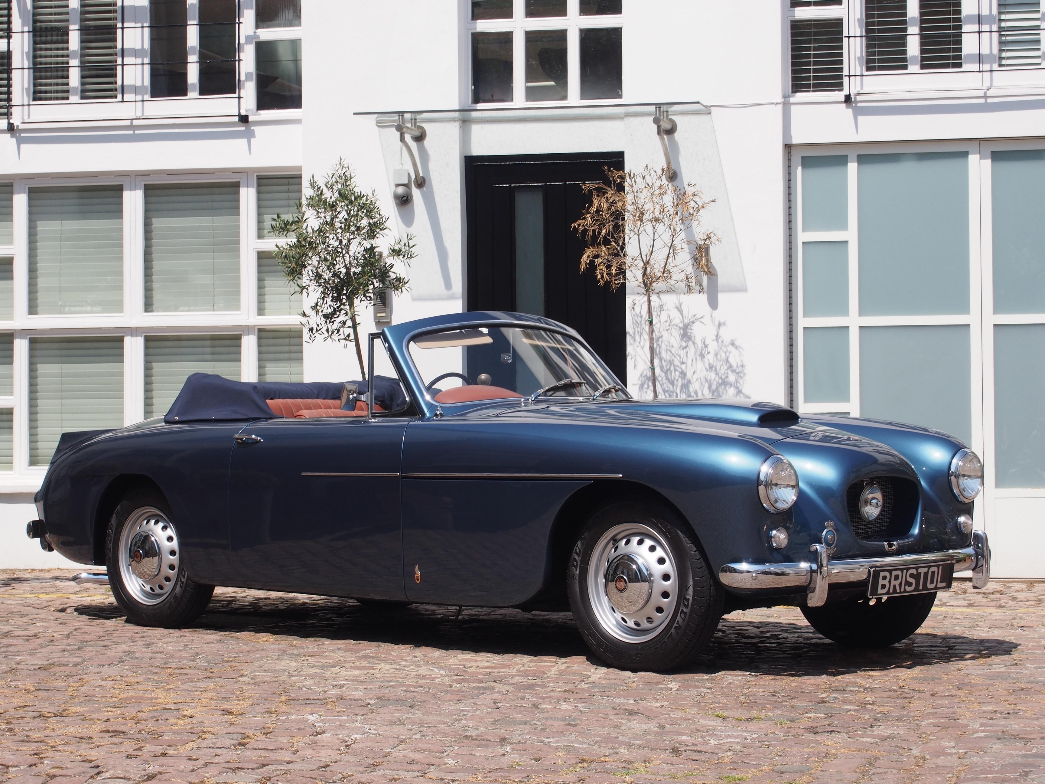 1956_Bristol_405_Drop_Head_Coupe.jpg