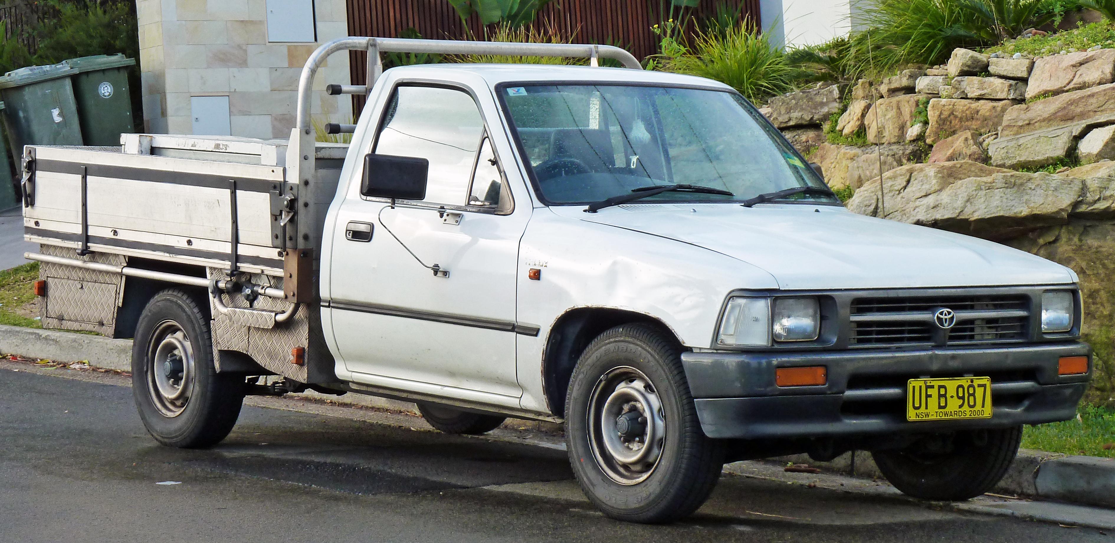 Kelebihan Kekurangan Toyota Hilux 1994 Top Model Tahun Ini