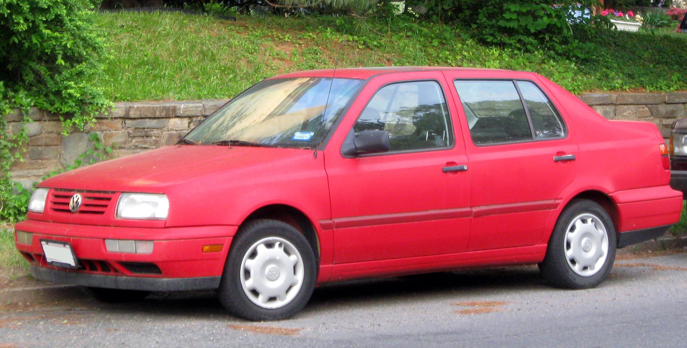 File:1996-1998 Volkswagen Jetta -- 05-12-2011 1.