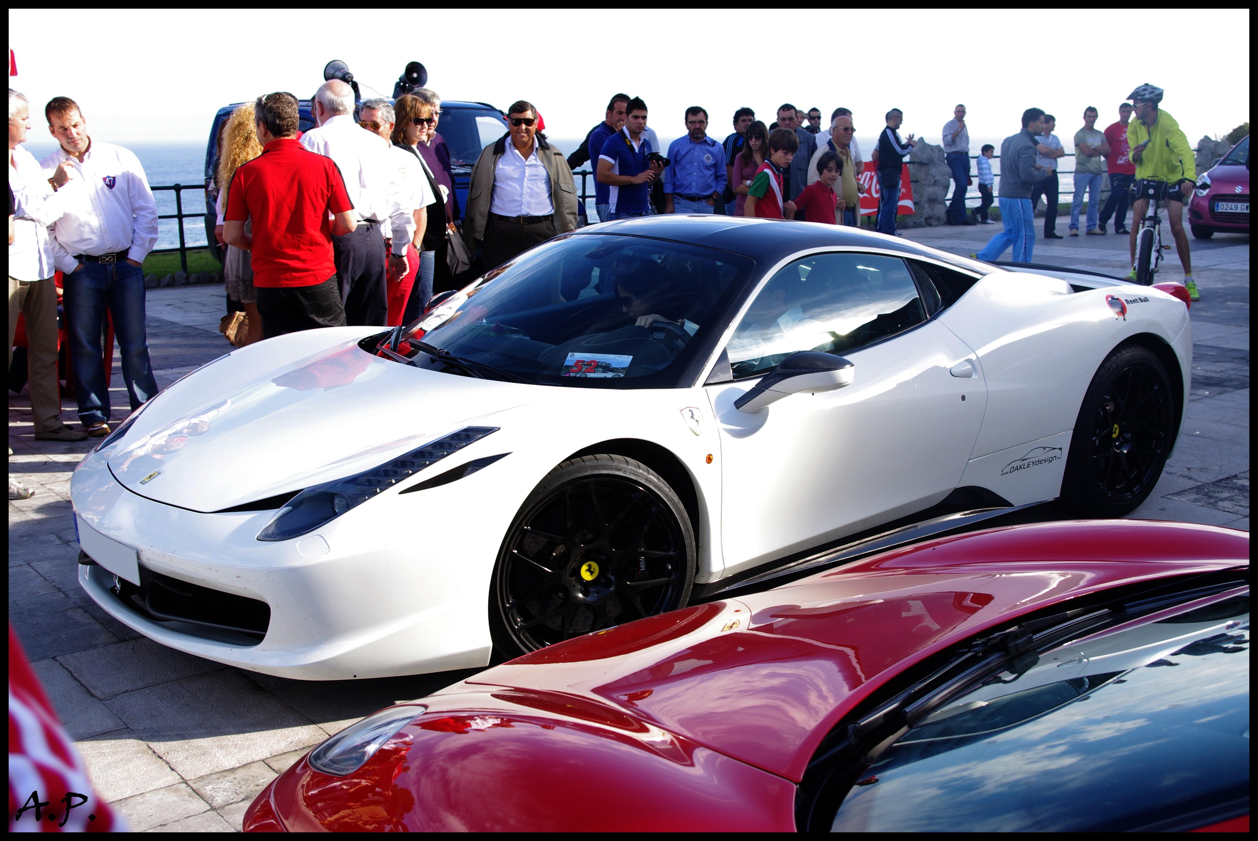 File:2010 Ferrari 458 Italia Oakley Design (5126288841).jpg