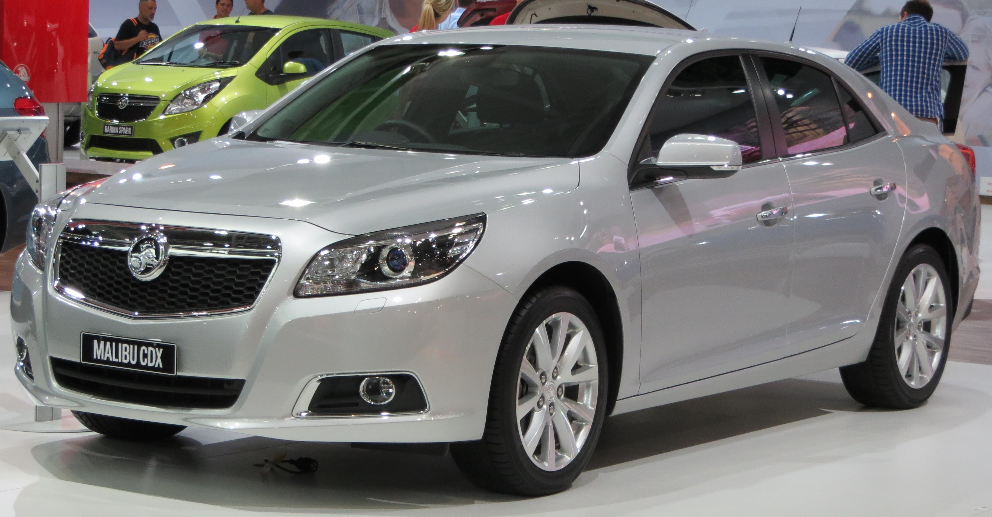 File:2012 Holden Malibu (EM) CDX sedan (2012-10-26) 01.jpg ...