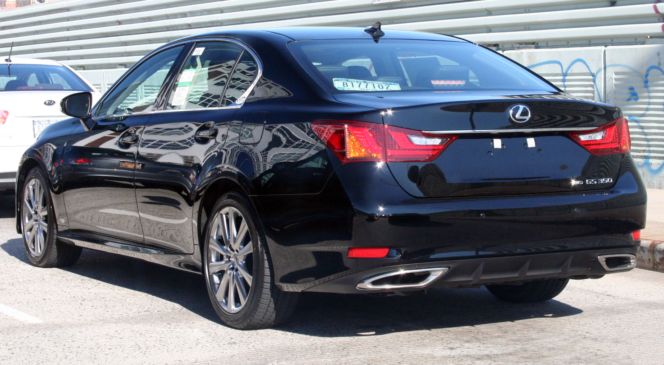 File:2012 Lexus GS350 AWD.jpg - Wikimedia Commons