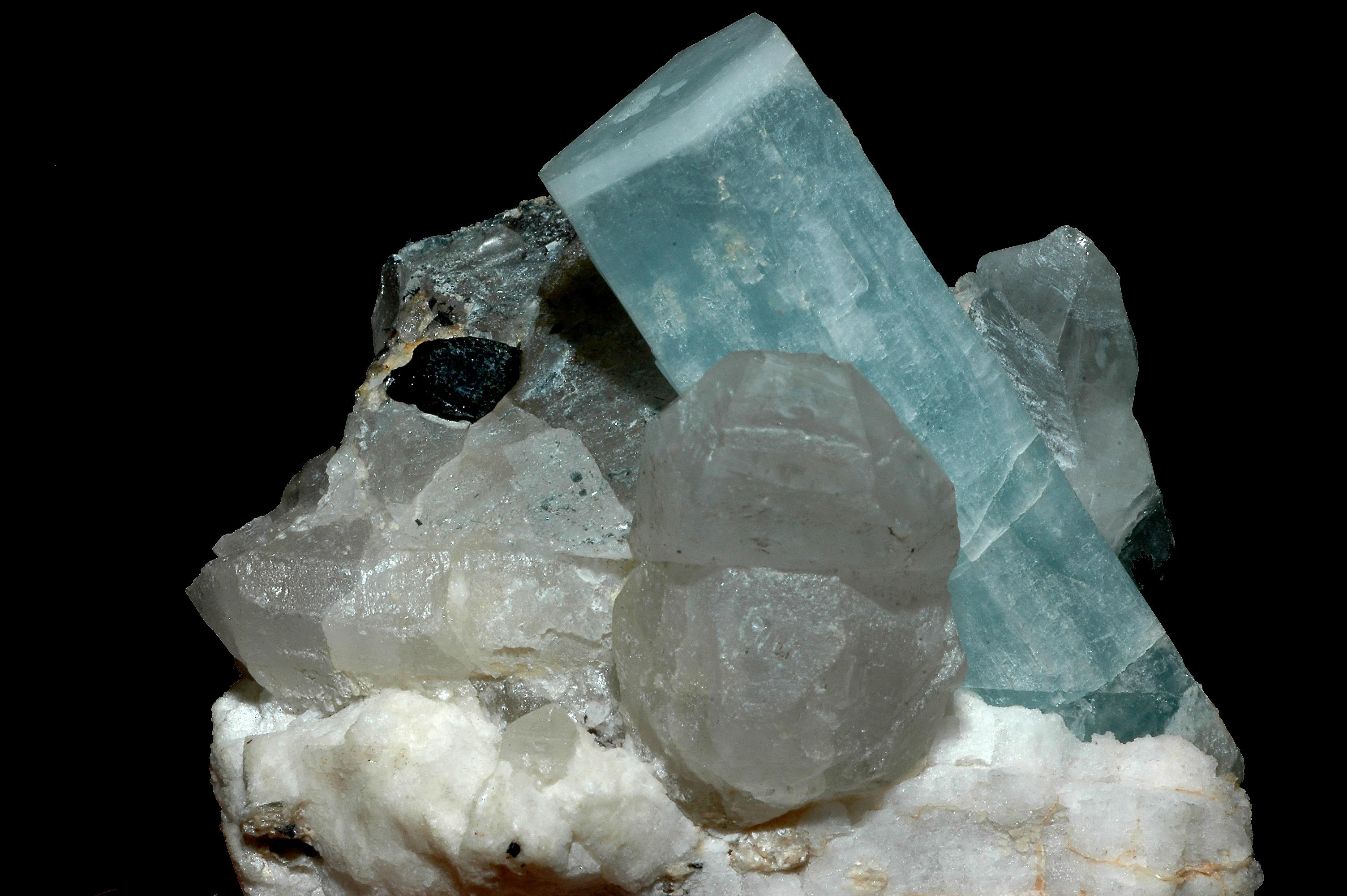 File Aigue-marine sur quartz et tourmaline noire.jpg - Wikimedia Commons 783675c9e1