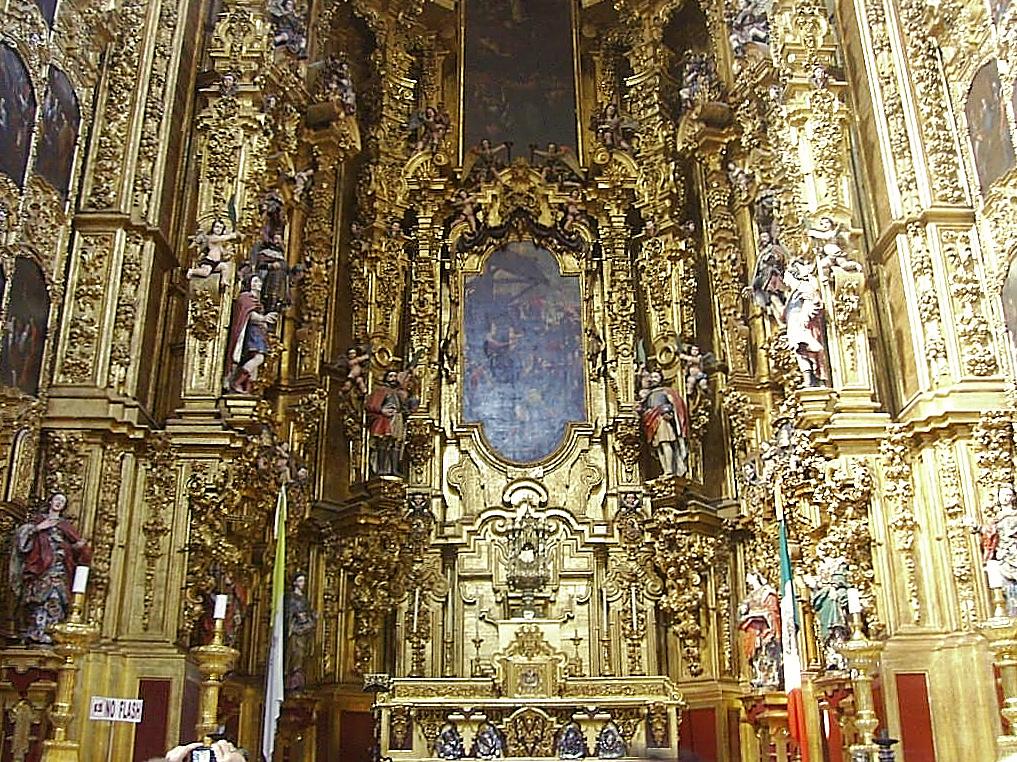 http://upload.wikimedia.org/wikipedia/commons/f/f7/Altar_Reyes_Catedral_Metropolitana.JPG