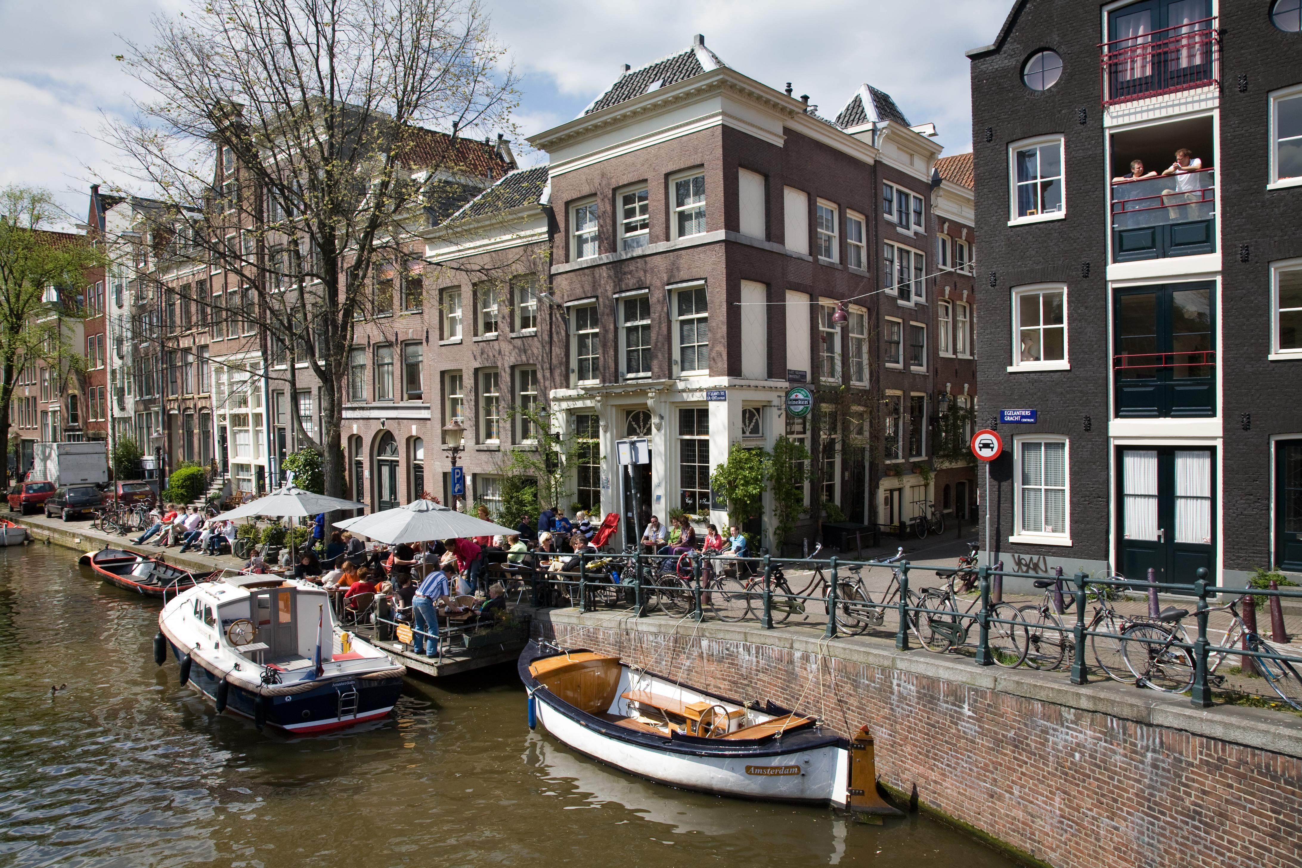 Cafe In Amsterdam Menu