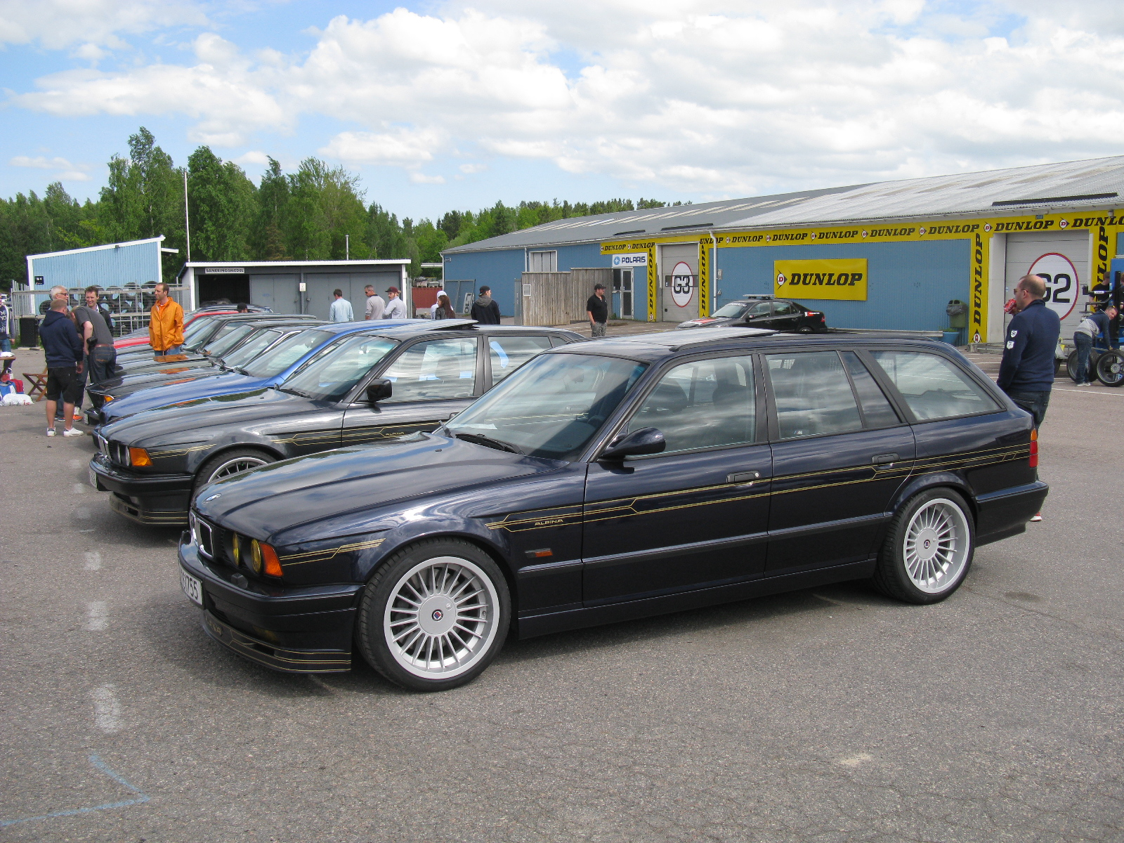 File Bmw Alpina B10 Biturbo Touring E34 8844002741 Jpg Wikimedia Commons