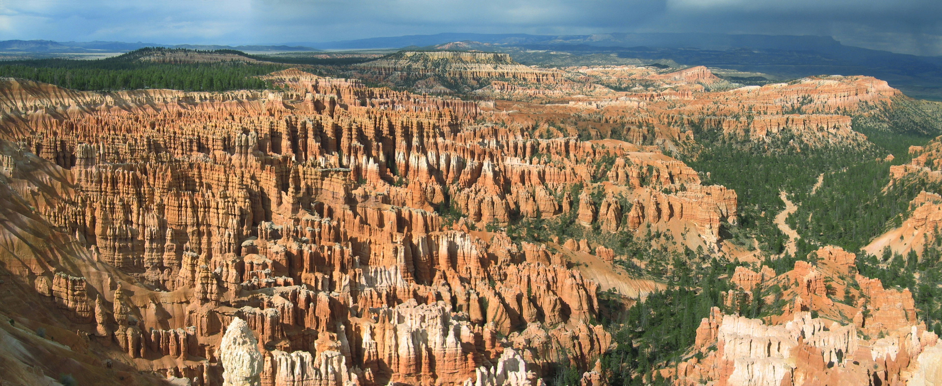 FileBryce Canyon Amphitheater Hoodoos Panoramajpg Wikipedia