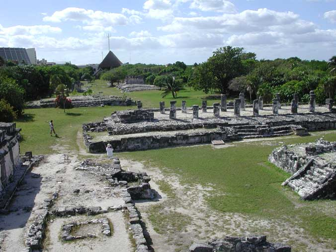 CancunRuins2002.jpg