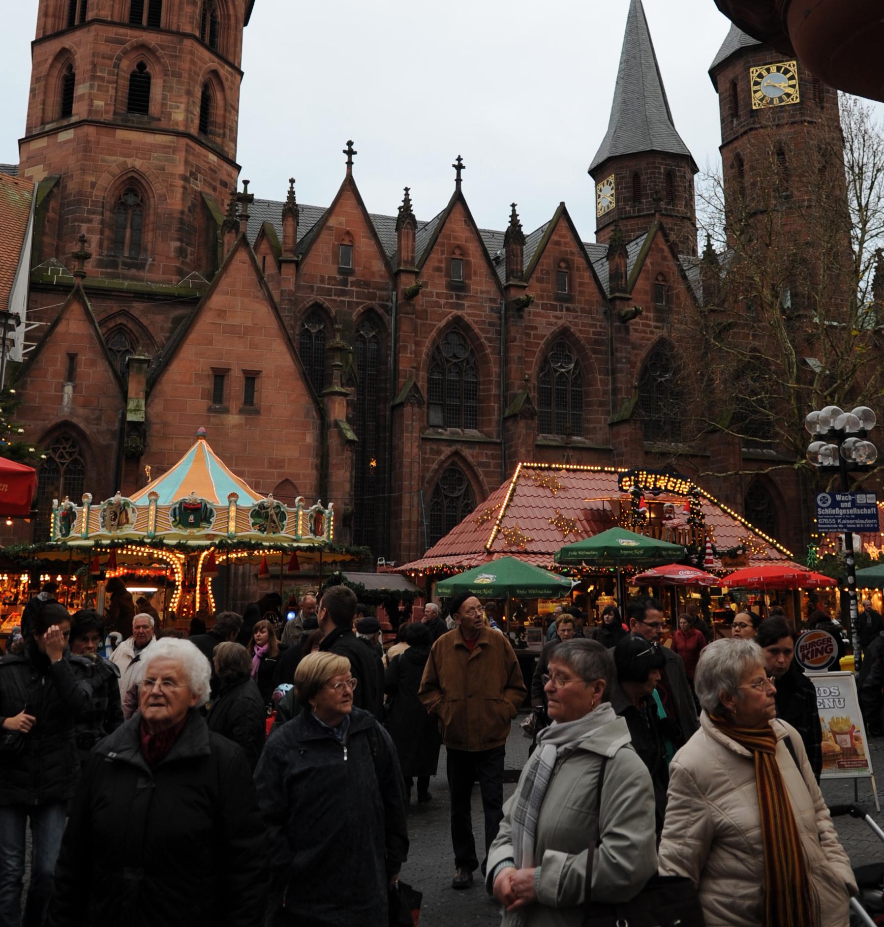 File:Christmas Market Kaiserslautern 2009 Evangelische ...