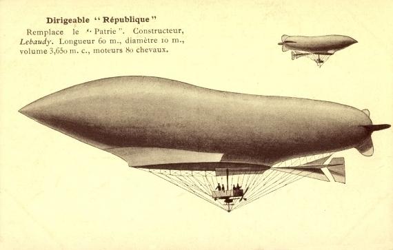 ballon dirigeable republique