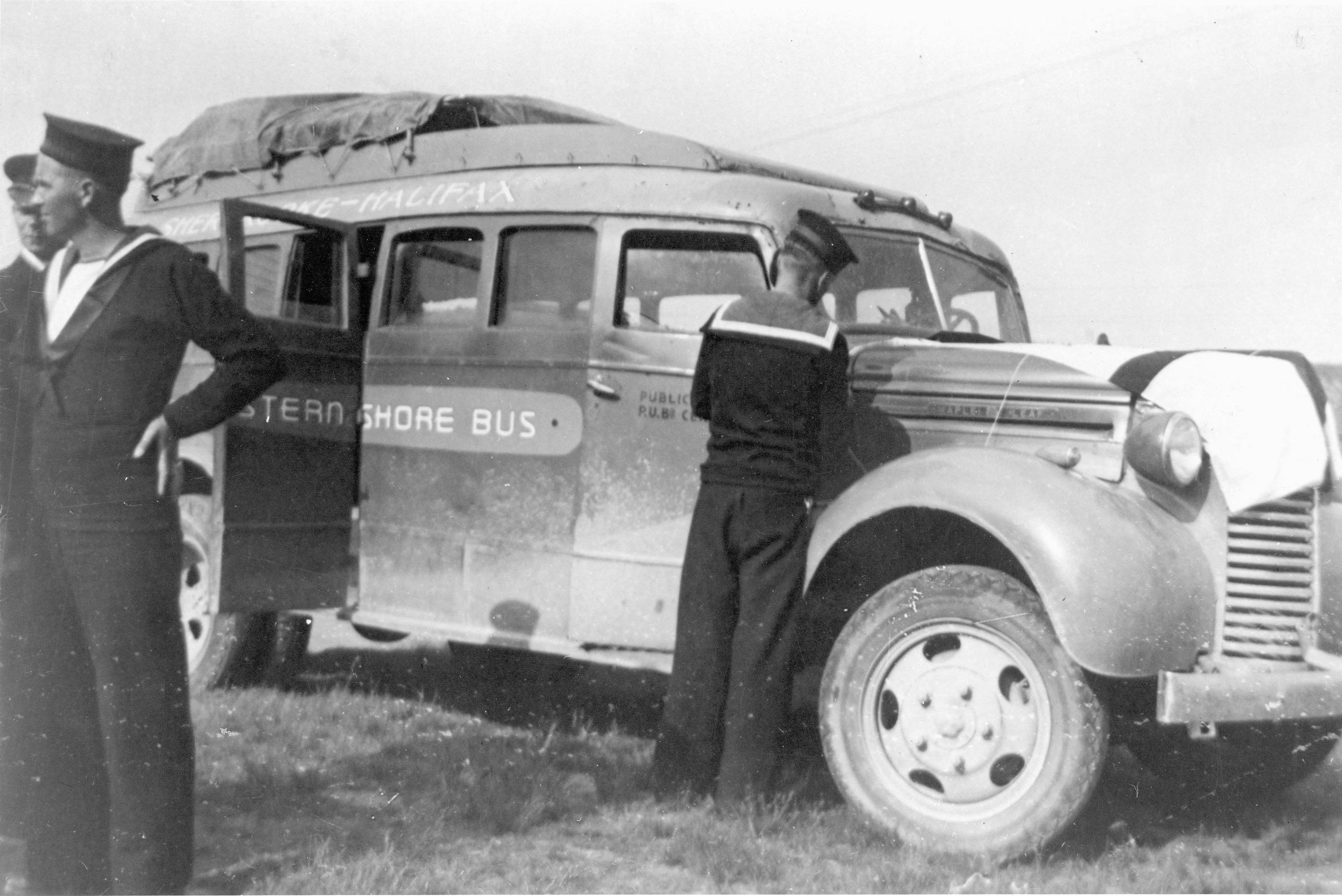 File:First Bus Operated by the Eastern Shore Bus Co-op