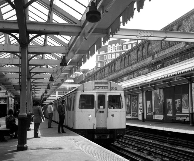 Gloucester Road station - geograph.org.uk - 640844