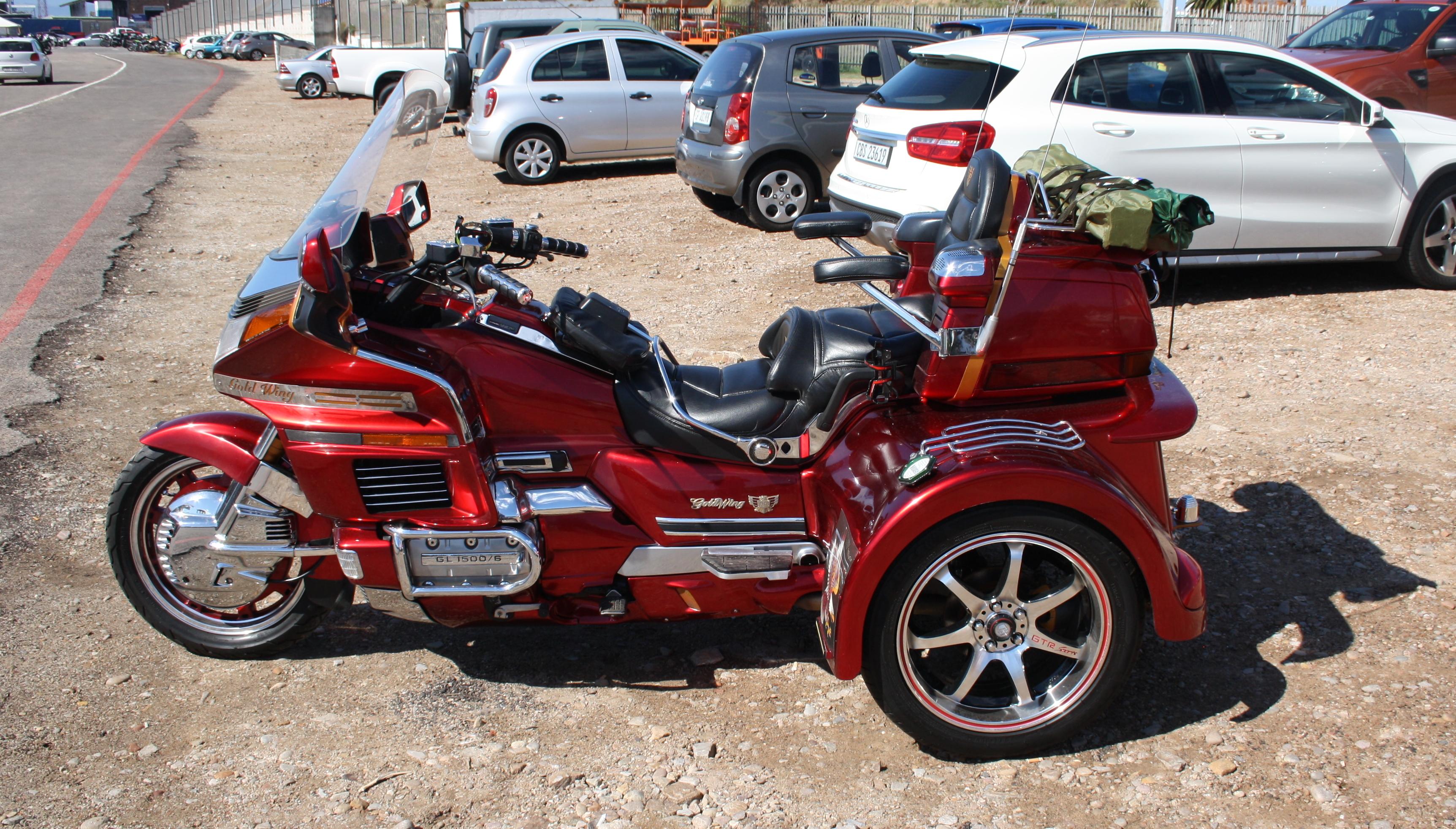 File Honda Goldwing Gl1500 6 Trike 16262649324 Jpg Wikimedia Commons