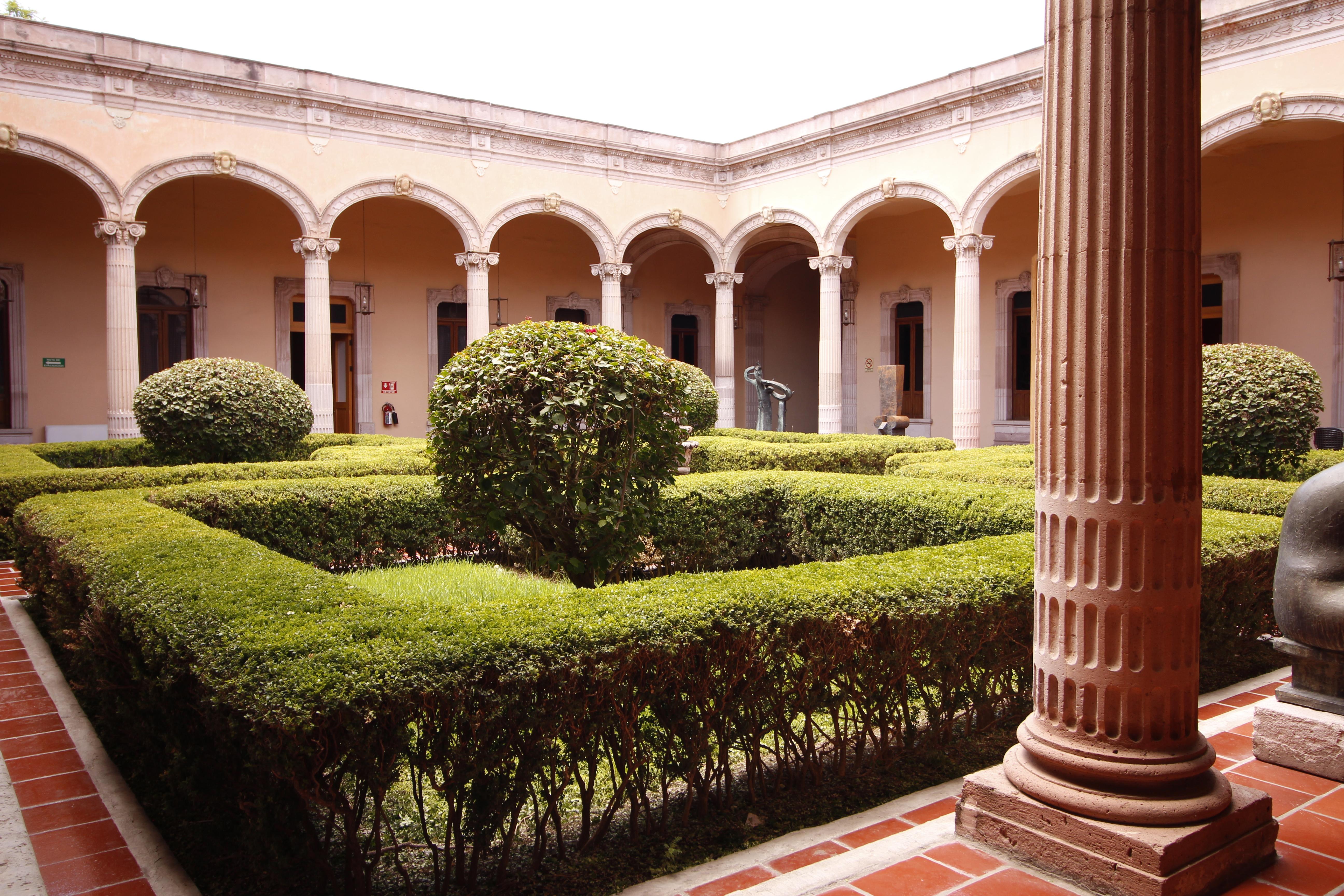 File:Jardin Museo de Aguascalientes.jpg - Wikimedia Commons