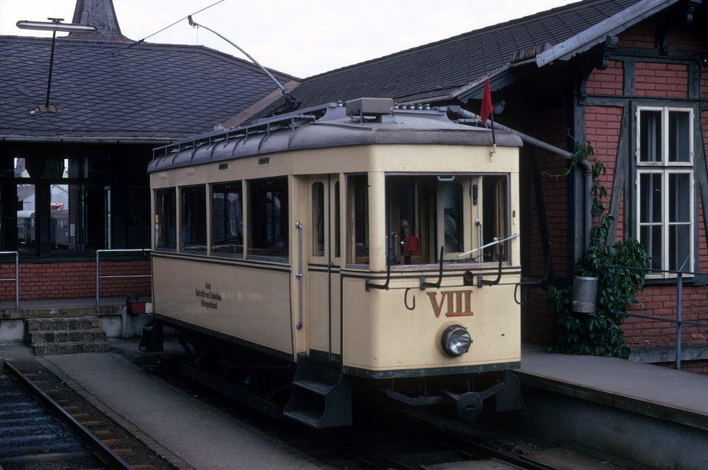 Linz-poestlingbergbahn-tw-viii-bergbahnhof-614223.jpg