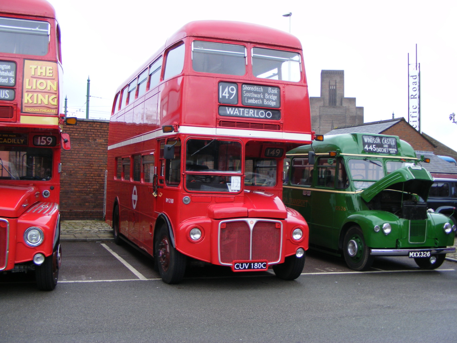 File:London Transport RM 2180 CUV 180C.jpg