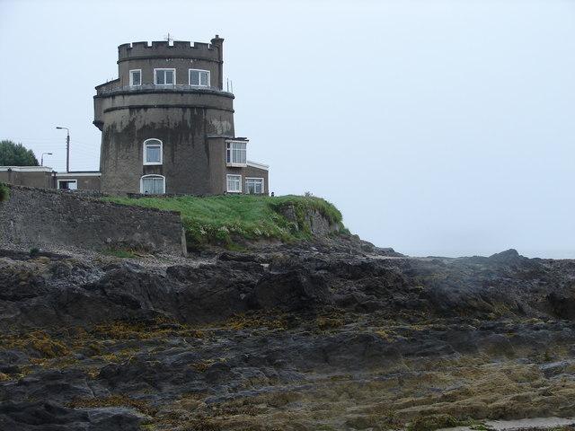 Martello Tower, Portmarnock - geograph.org.uk - 526038