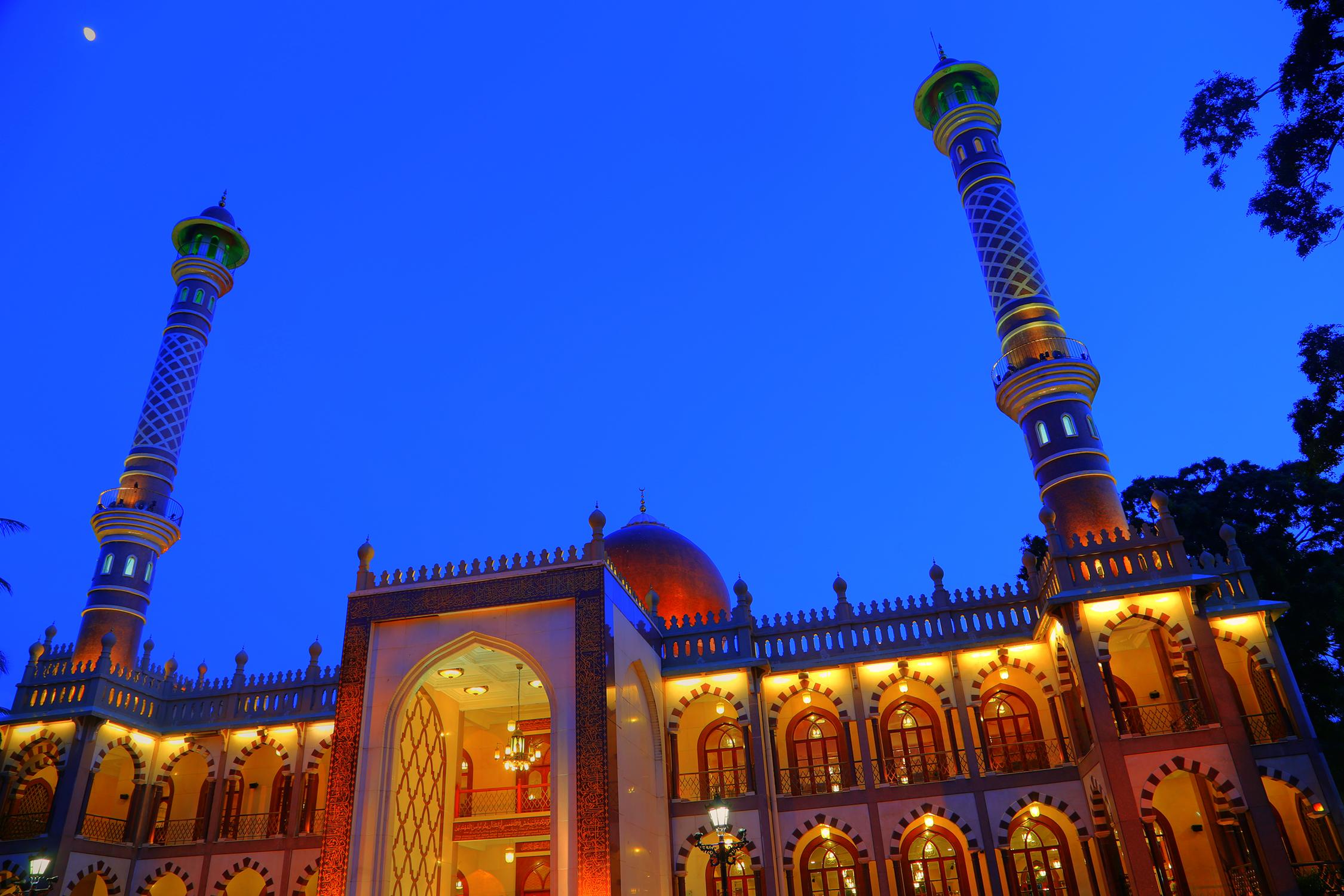File:Masjid Khadria, Jumma Masjid, Bangalore.jpg - Wikimedia Commons
