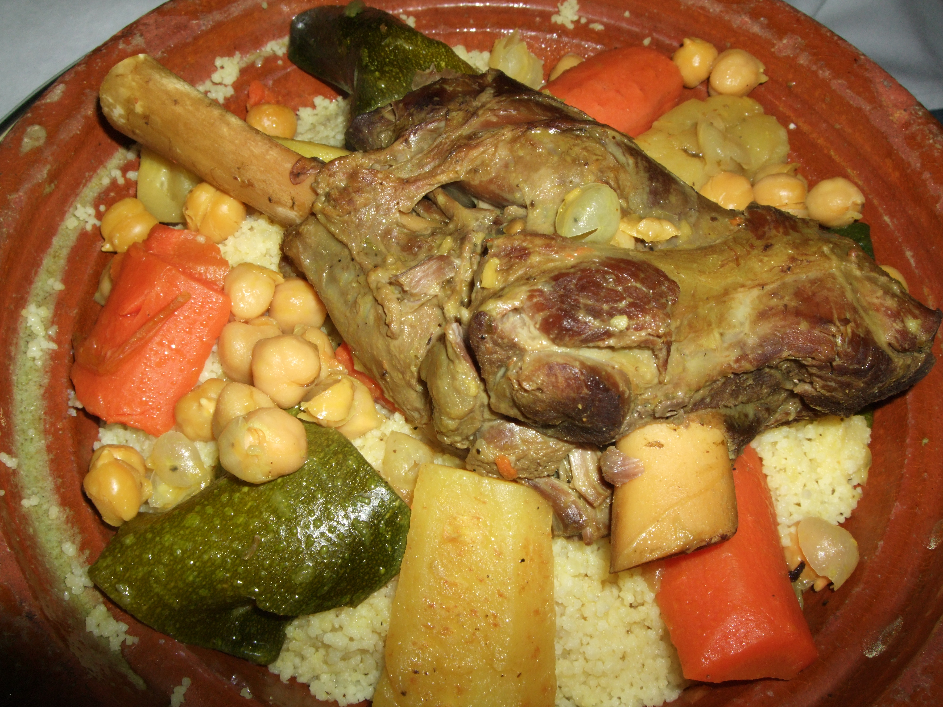 File moroccan cuisine couscous lamb wikimedia for Authentic moroccan cuisine