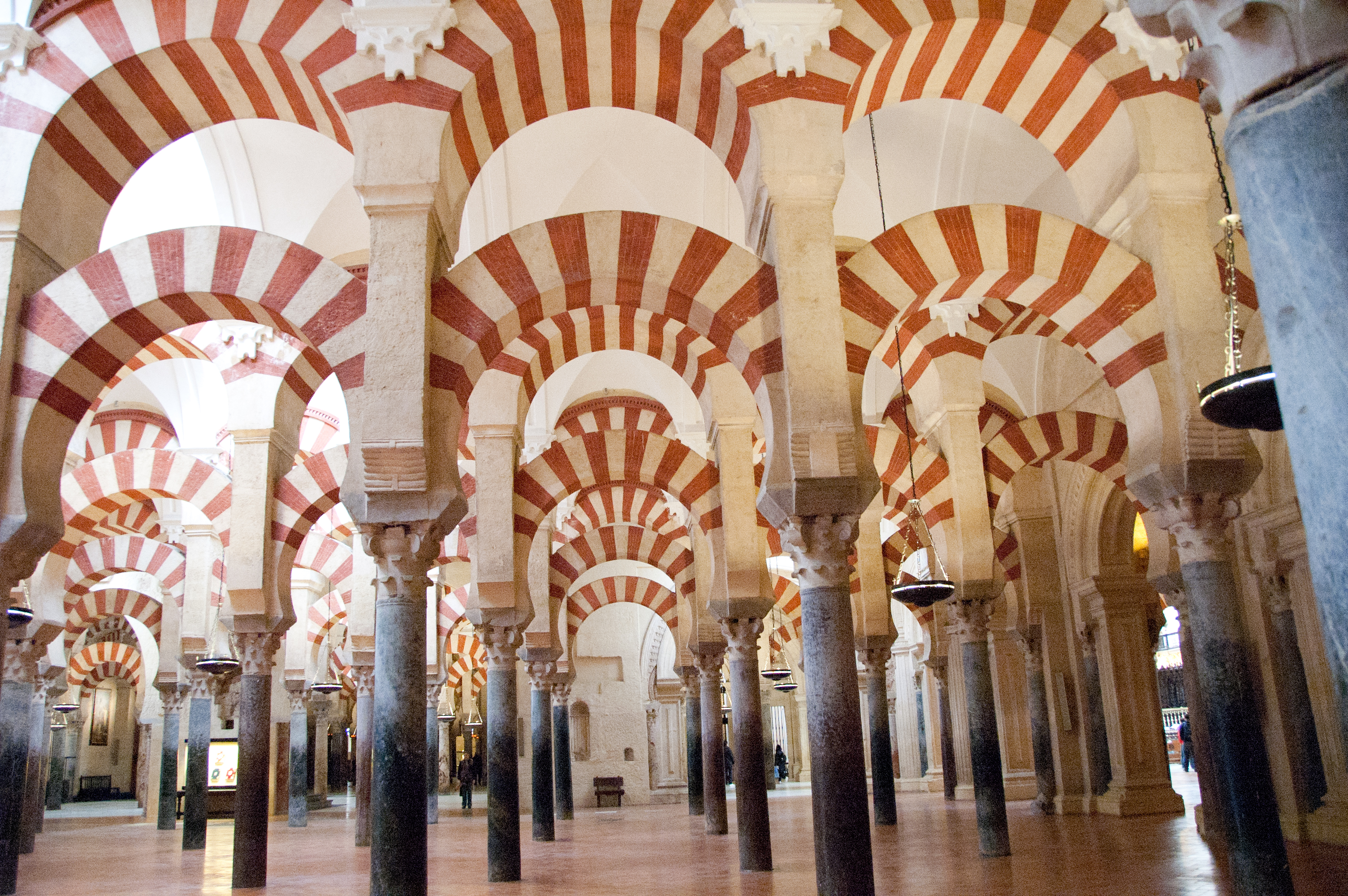 Resultado de imagen de la mezquita de córdoba