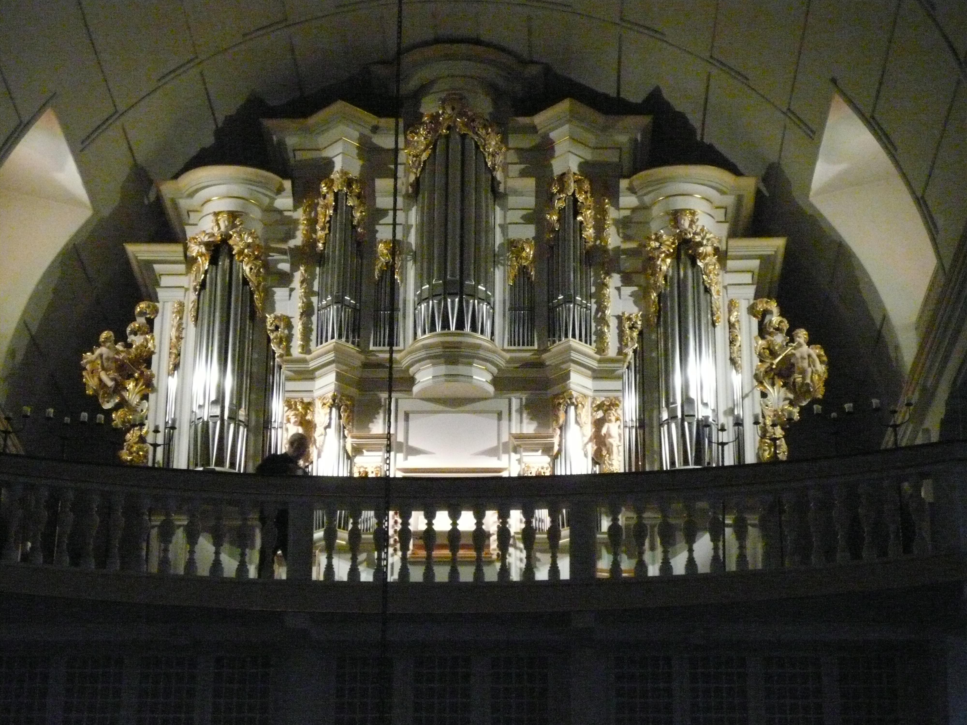 Órgano Wender que Bach tocó en la iglesia de San Bonifacio de Arnstadt.