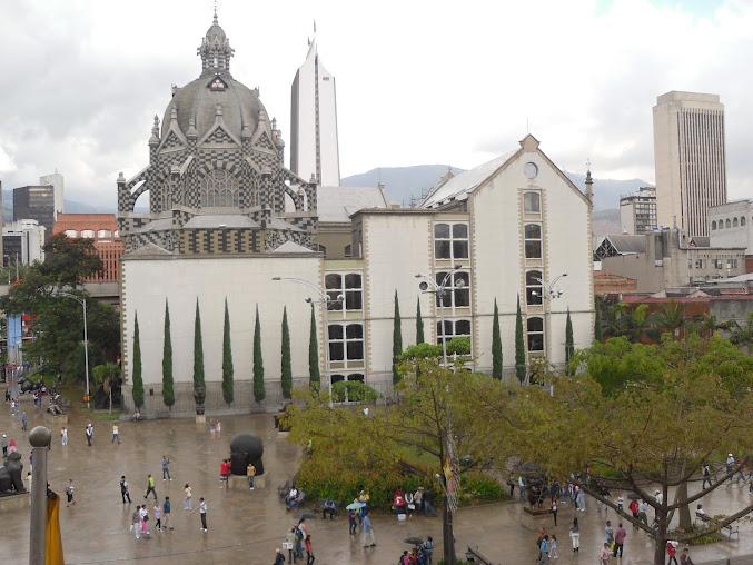 File:Palacio de la Cultura Rafael Uribe Uribe 01.JPG