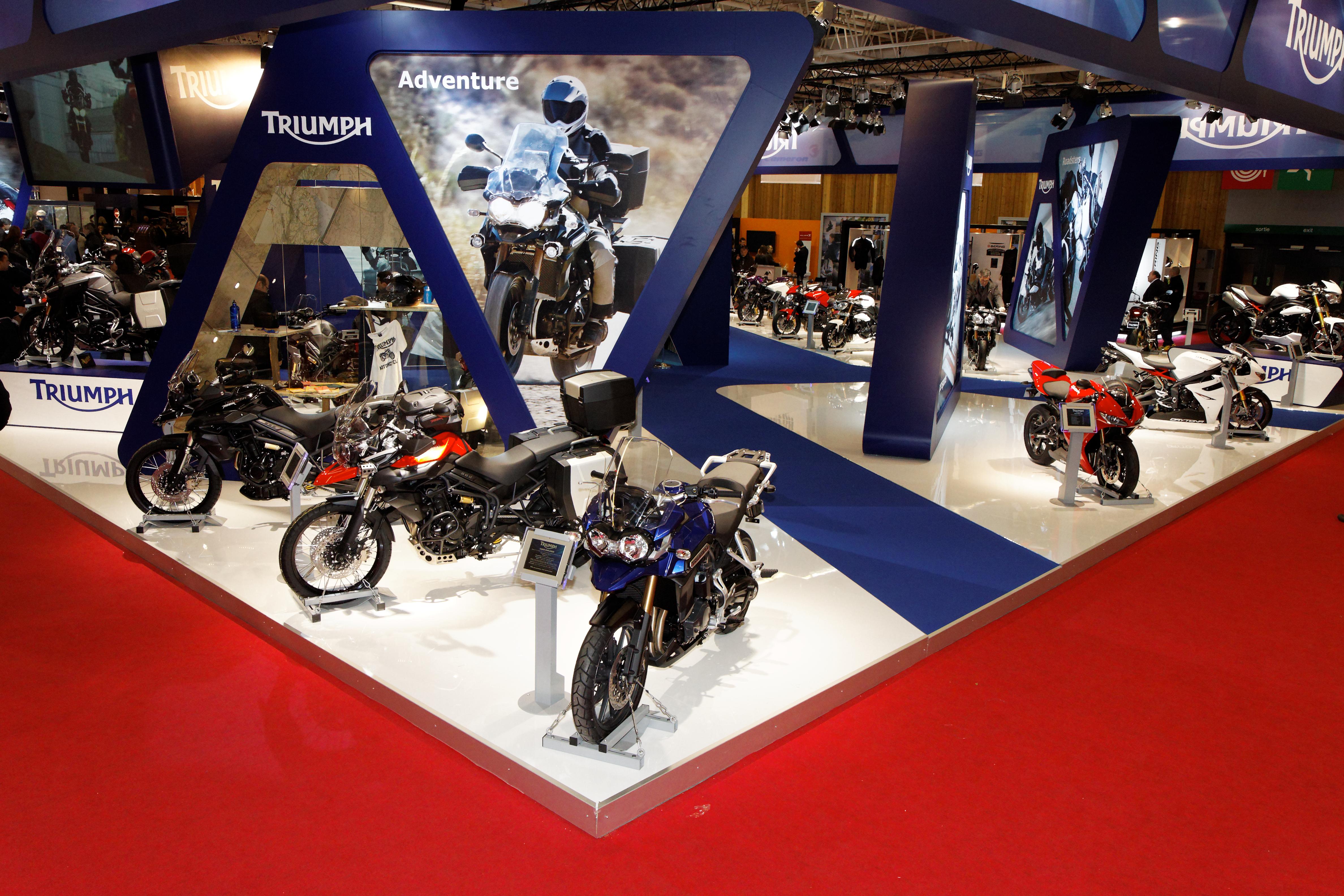 File paris salon de la moto 2011 stand triumph 002 for Salon ce paris