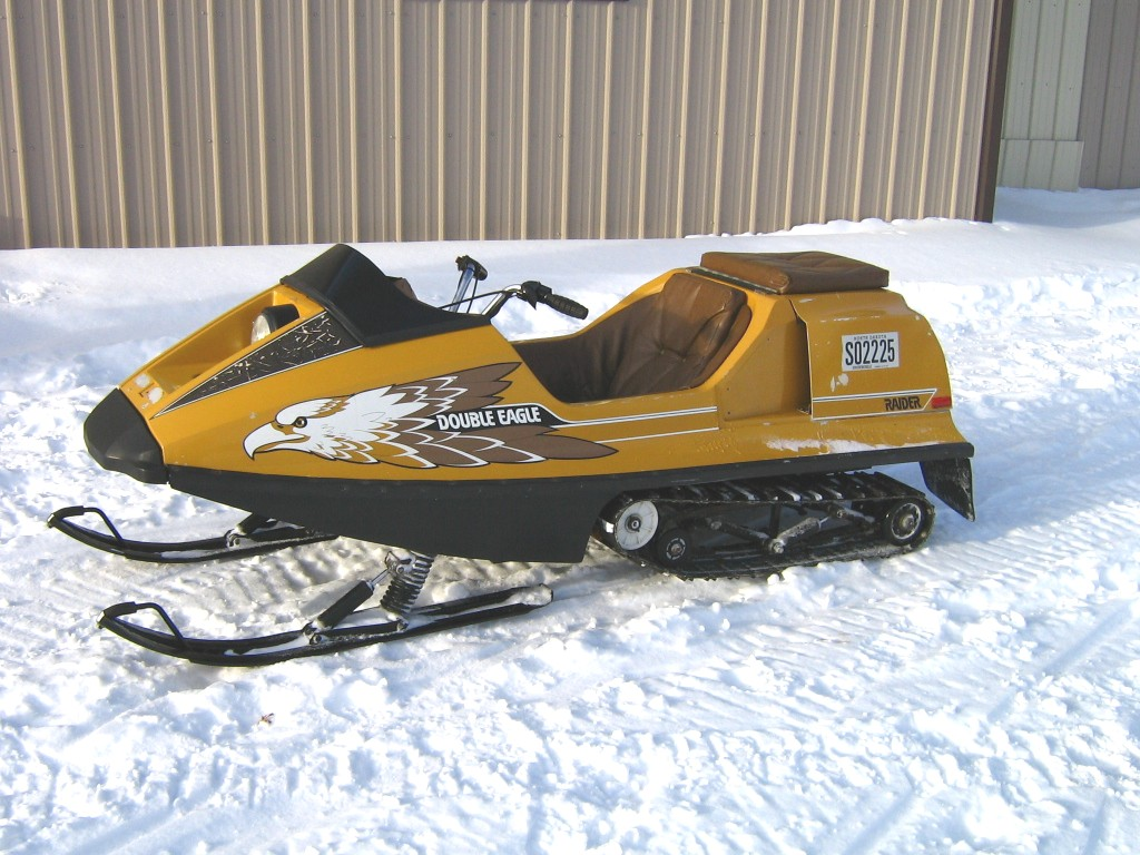 Viewing A Thread What Was The First Snowmobile You Drove