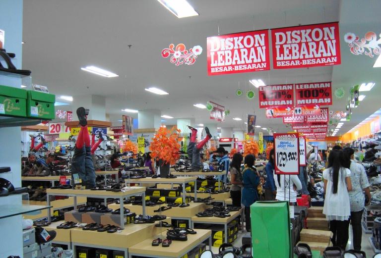 File:Ramayana Department Store, Kota Pematang Siantar (21).JPG